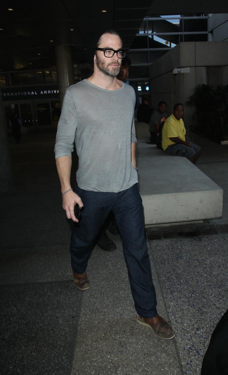 Chris Pine Arriving at LAX Airport-3