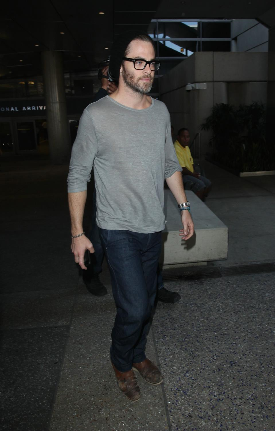 Chris Pine Arriving at LAX Airport-4