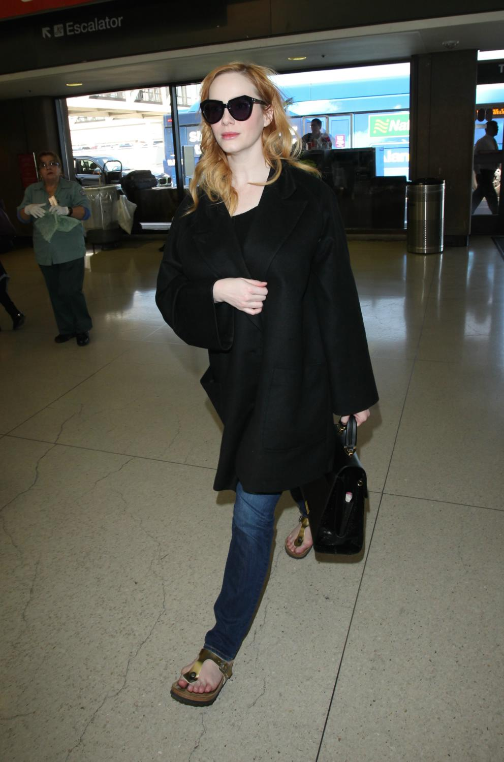 Christina Hendricks Arrives at LAX Airport-1