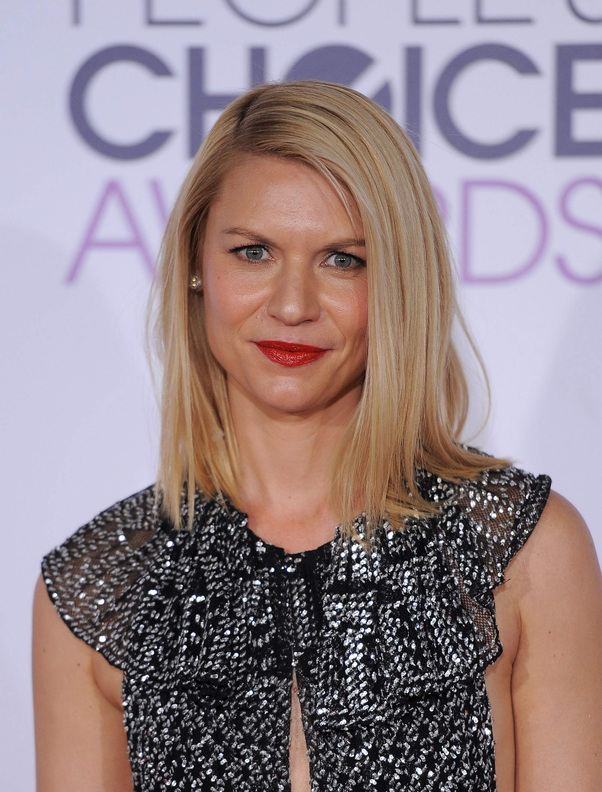 Claire Danes at Peoples Choice Awards on-1