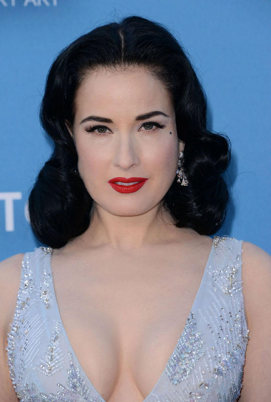 Dita Von Teese at MOCA Gala presented by Louis Vuitton at The Geffen Contemporary-4