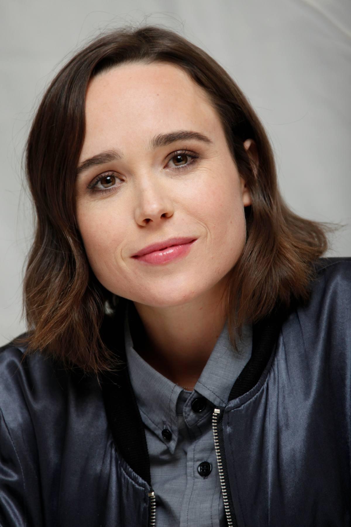 Ellen Page Freeheld Photocall – Celeb Donut Ellen Page