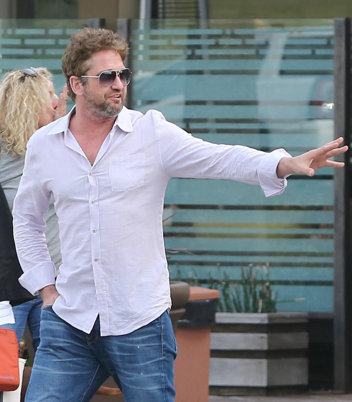 Gerard Butler Chills With A Female Friend in LA