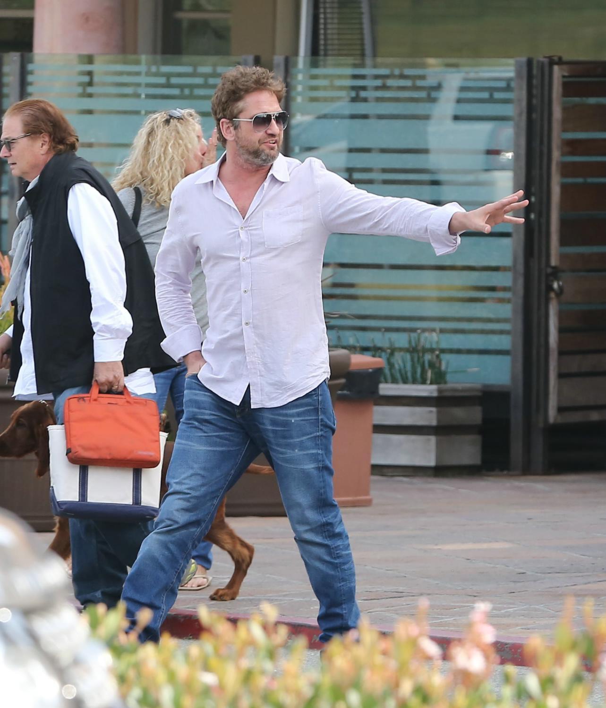 Gerard Butler Chills With A Female Friend in LA-2