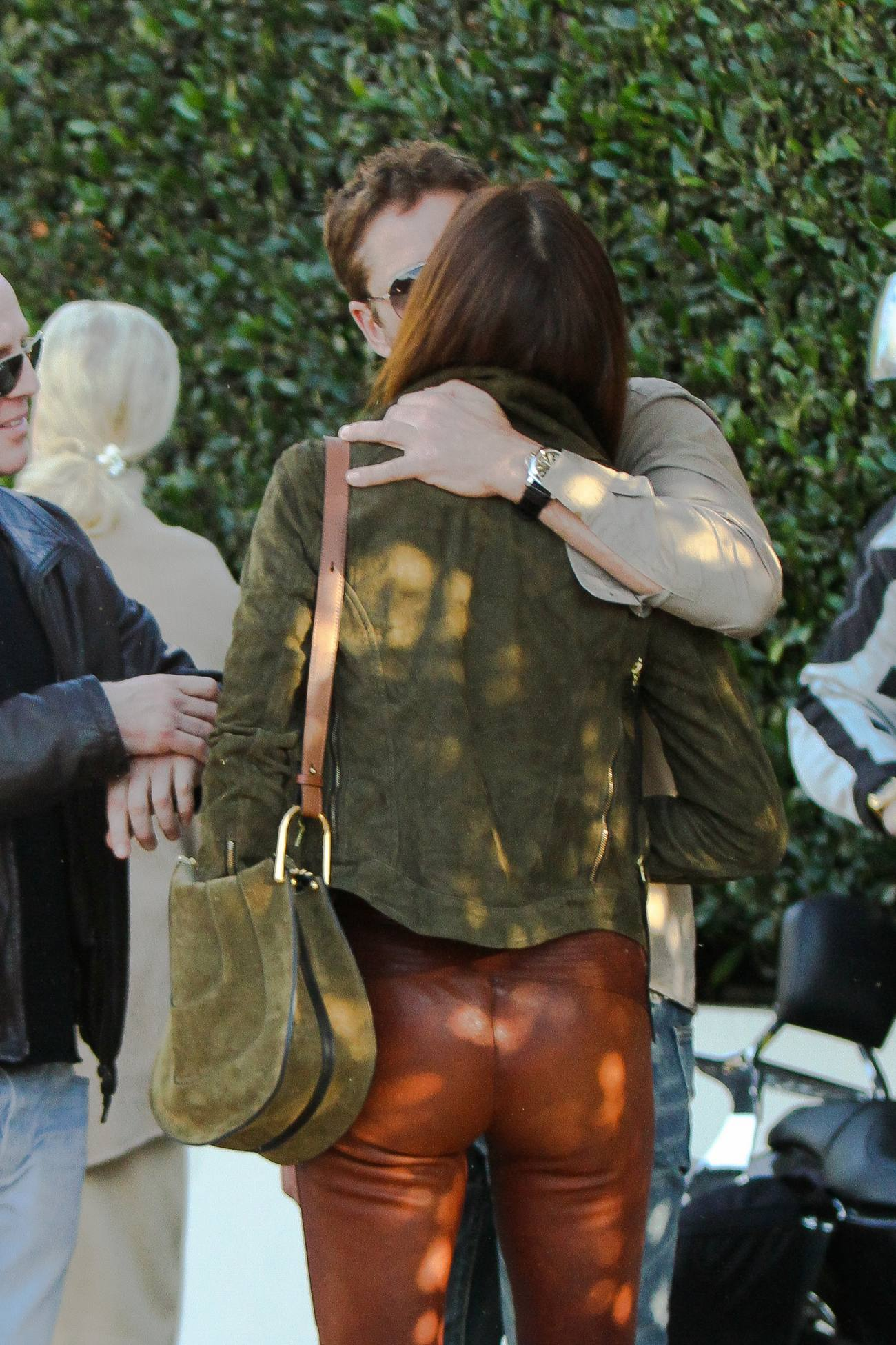 Gerard Butler Out with Girlfriend Morgan Brown at Cecconi-2