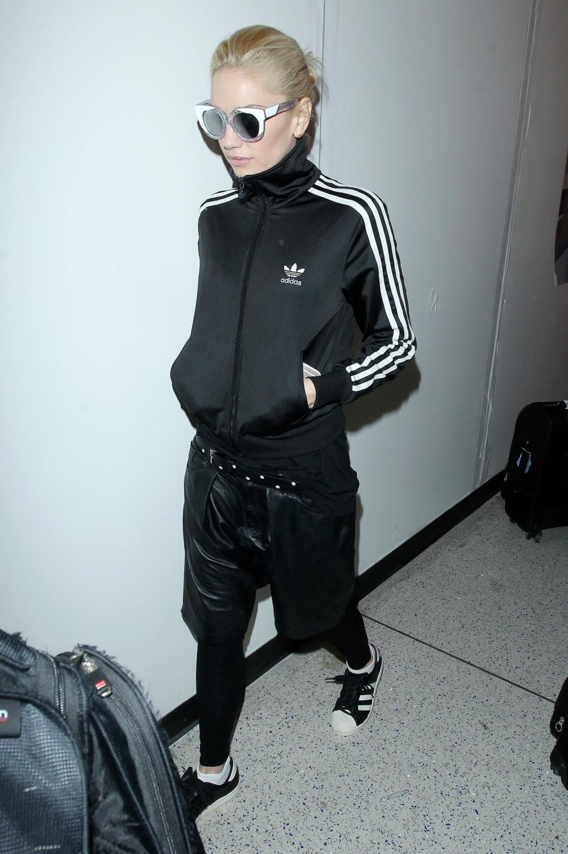 Gwen Stefani Departs LAX Airport-1