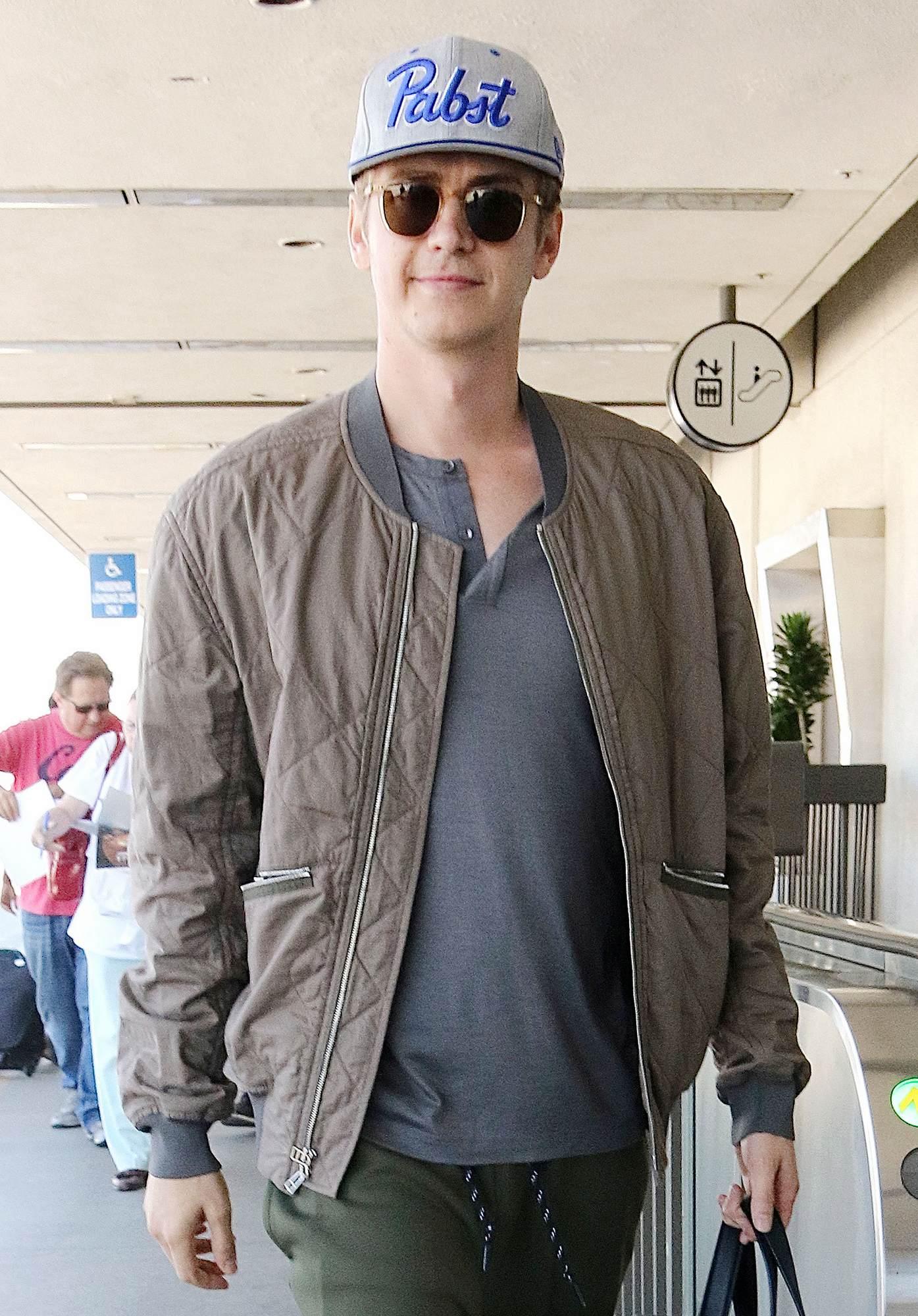 Hayden Christensen Arrives at LAX Airport