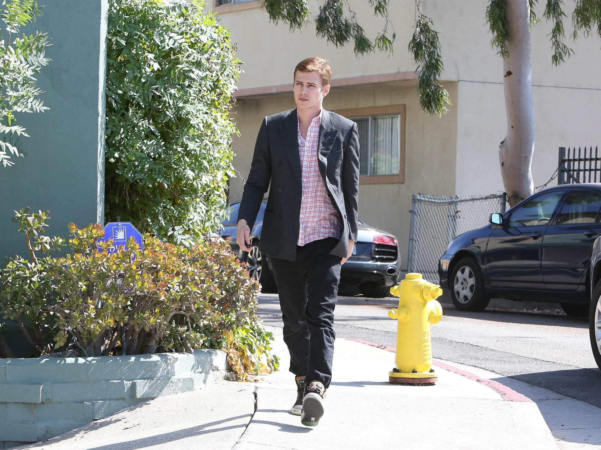 Hayden Christensen Runs Errands in CA-3