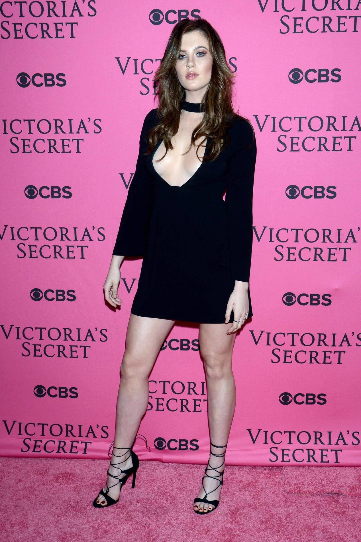 Ireland Baldwin Massive Cleavage at Victorias Secret Fashion Show Pink Carpet-1