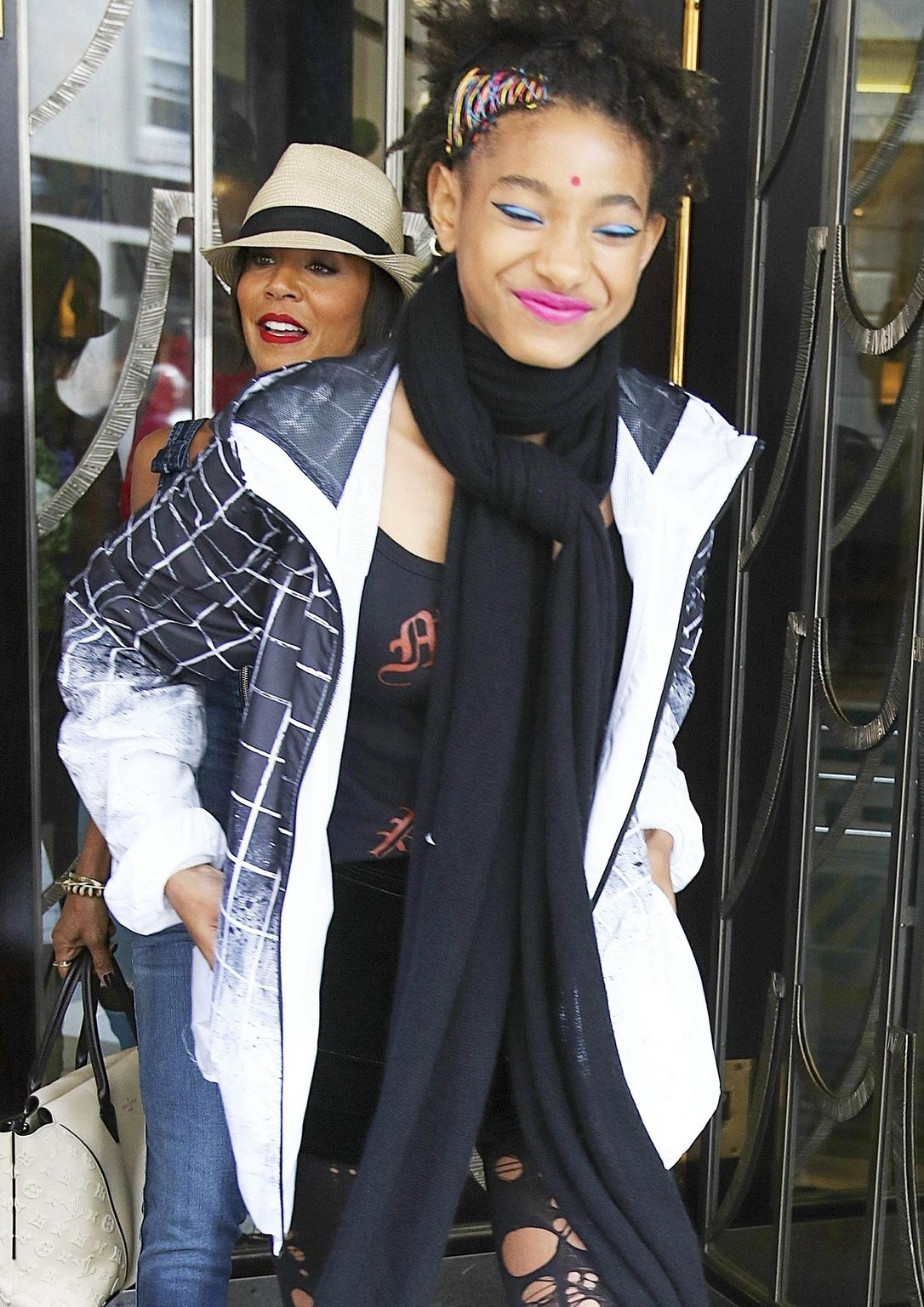 Jada Pinkett Smith and Willow Smith in London-4