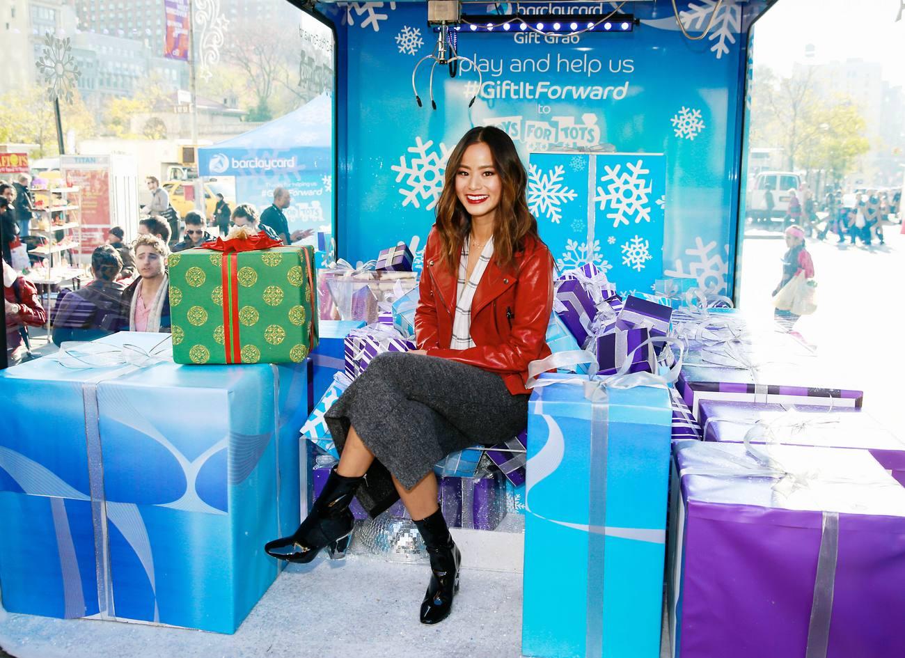 Jamie Chung at Barclaycard Gift Grab-3