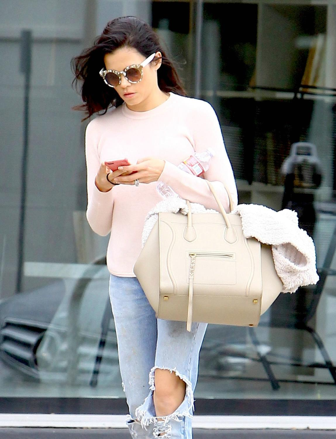 Jenna Dewan Enjoys Retail Therapy in West Hollywood-3