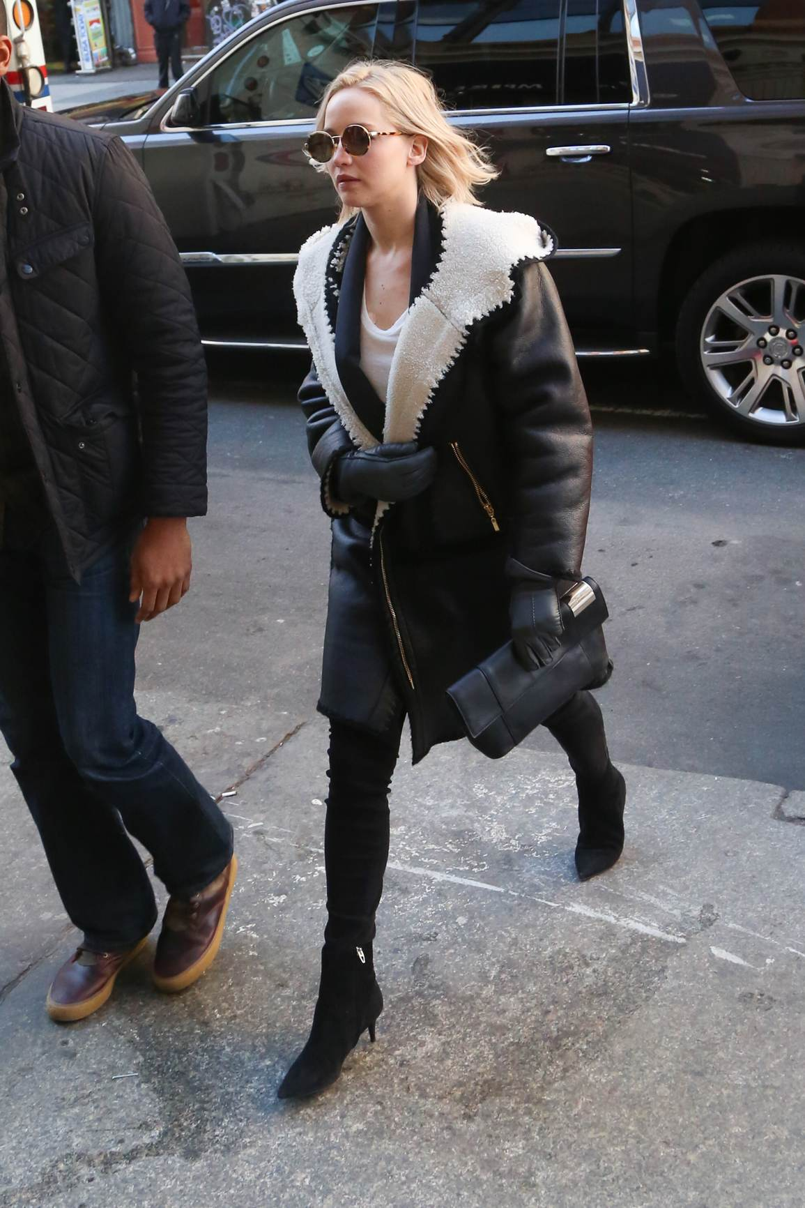 Jennifer Lawrence going to a meet shopping in NYC-1
