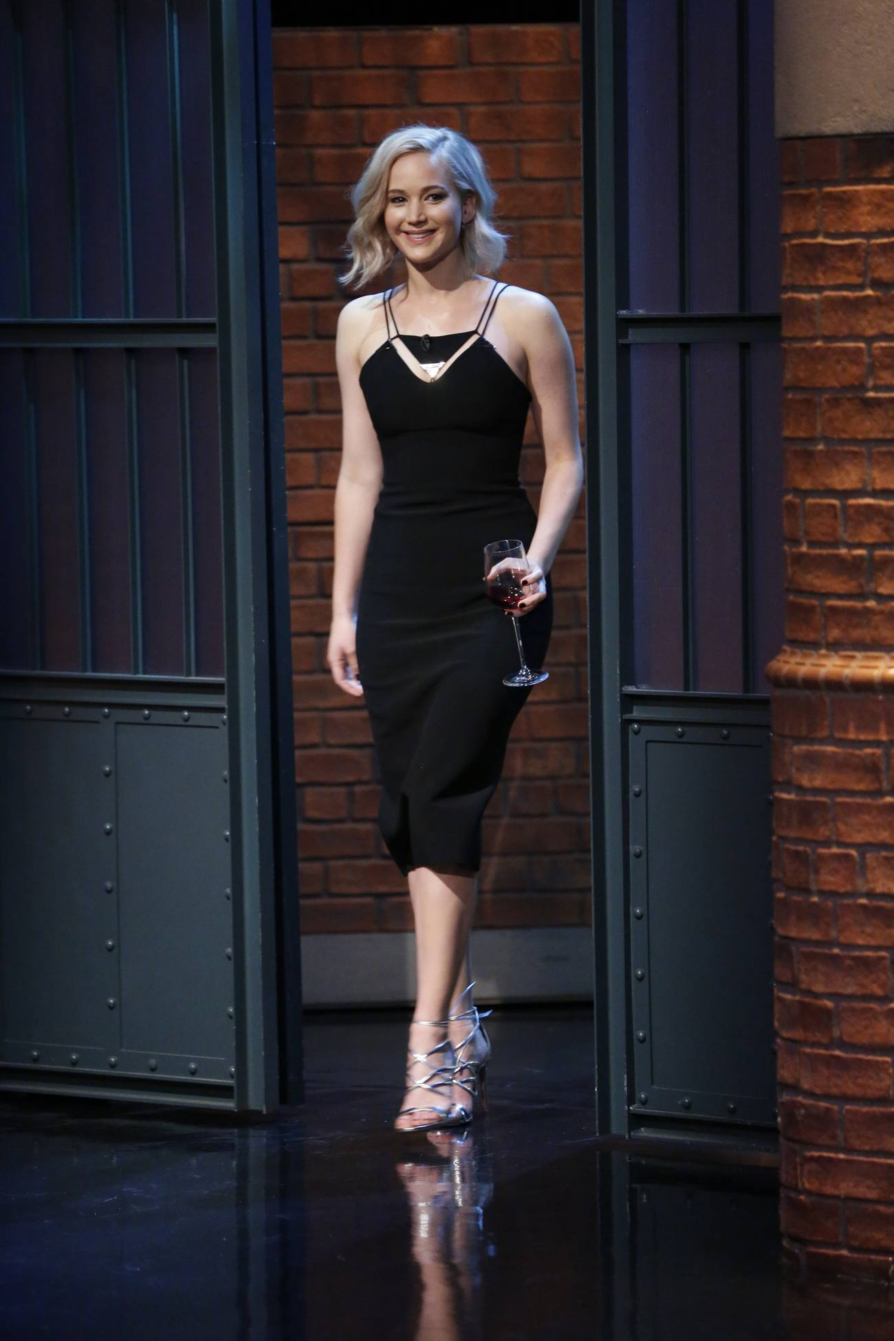 Jennifer Lawrence on Seth Meyers Show Stills-1