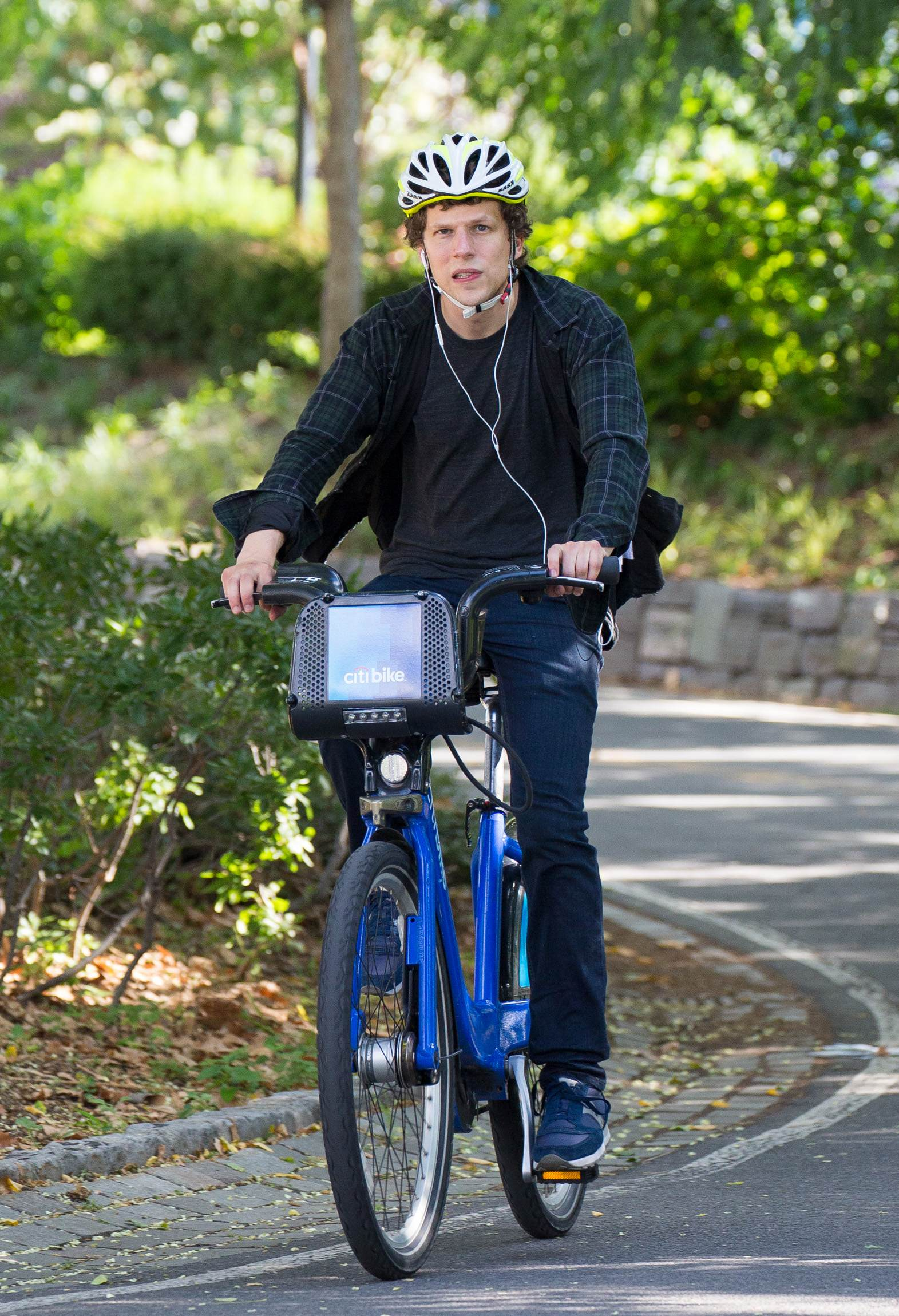 Jesse Eisenberg riding Citi Bike on Hudson River Park-4