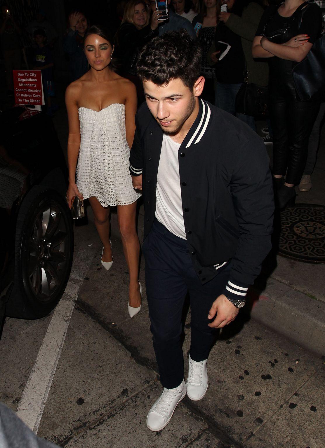 Joe Jonas and Nick Jonas at trendy Craigs Restaurant-2