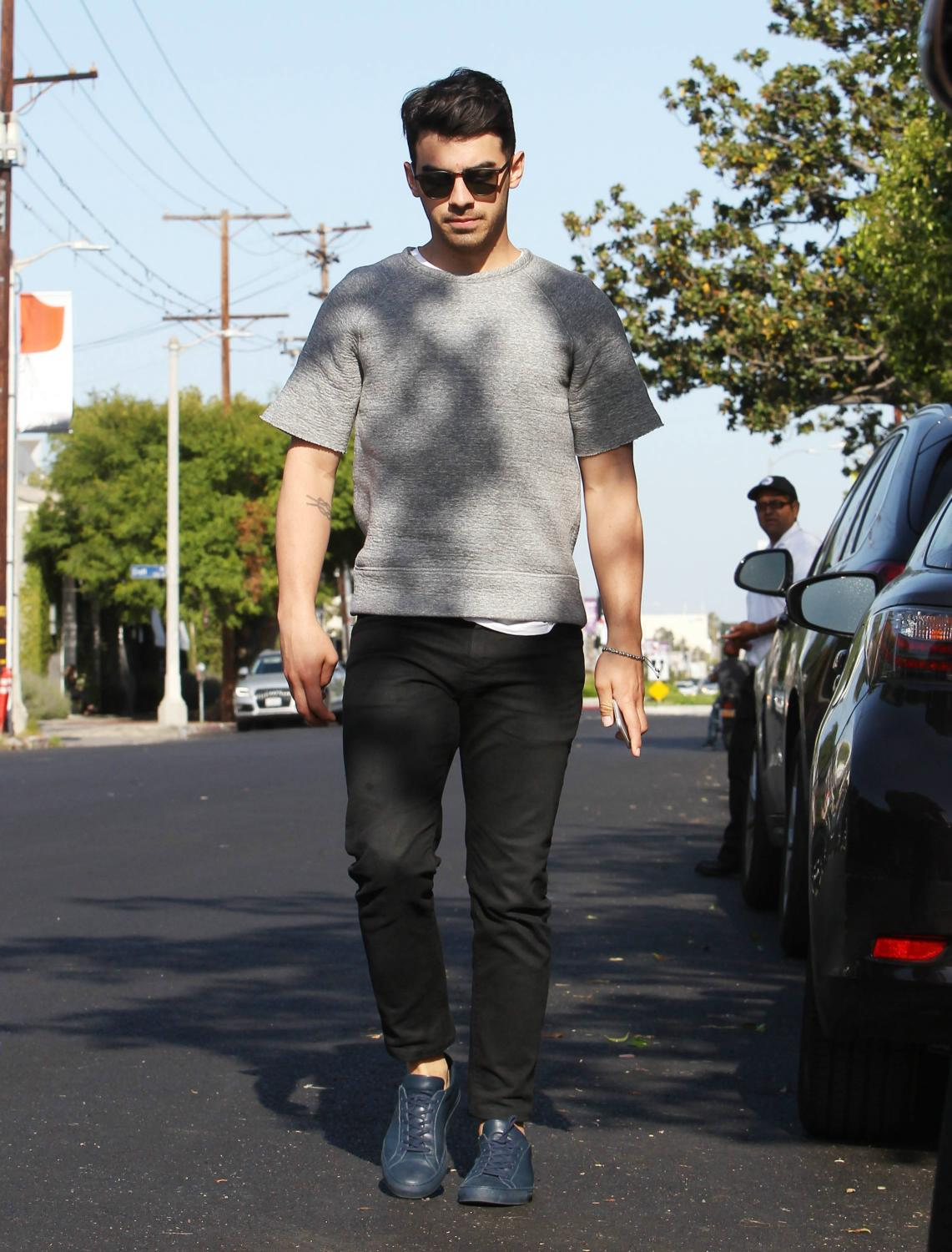 Joe Jonas Out in Melrose in LA-3