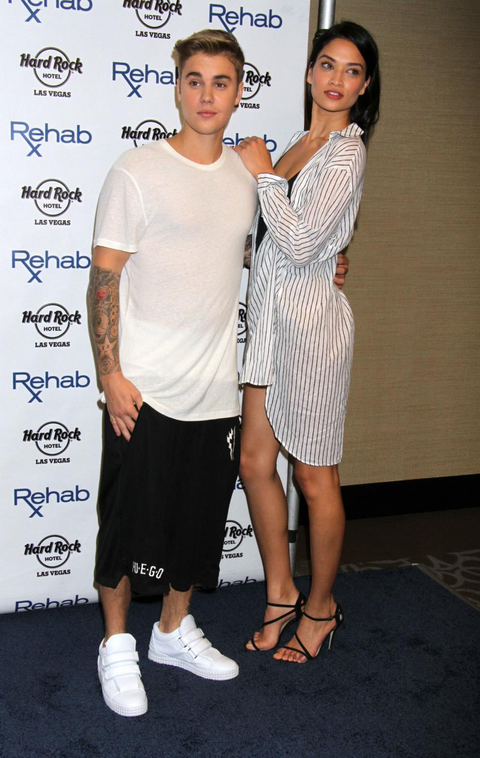 Justin Bieber hosts REHAB Pool Party-1