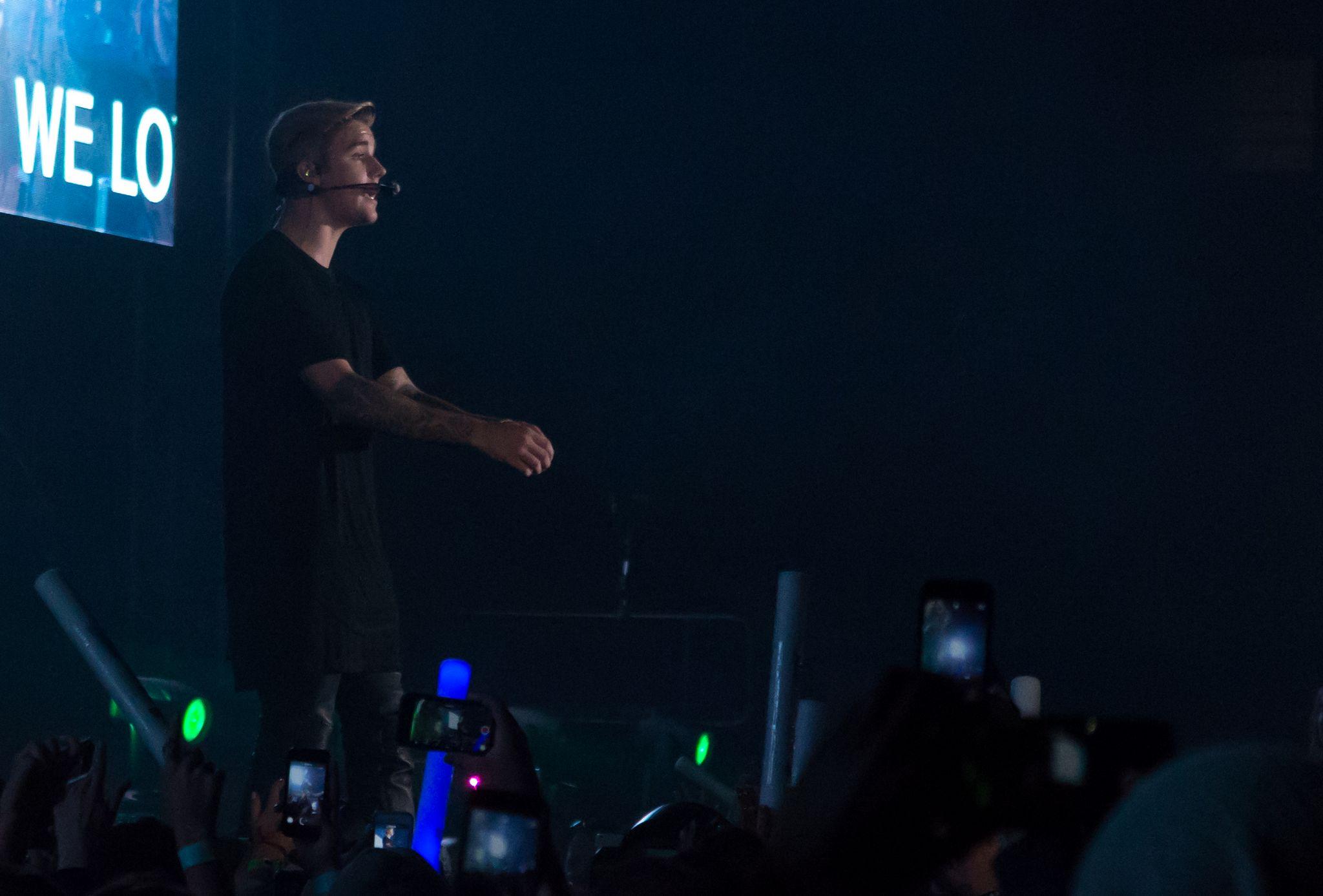 Justin Bieber performs ate KIIS FMs Wango Tango-4