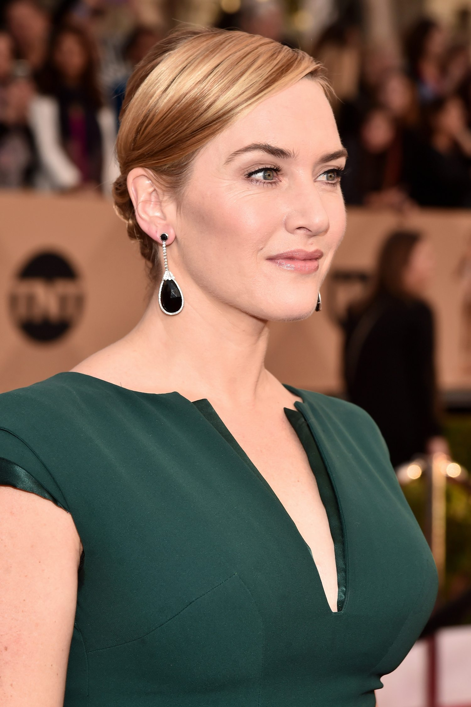 Kate Winslet attendse Annual Screen Actors Guild Awards-1