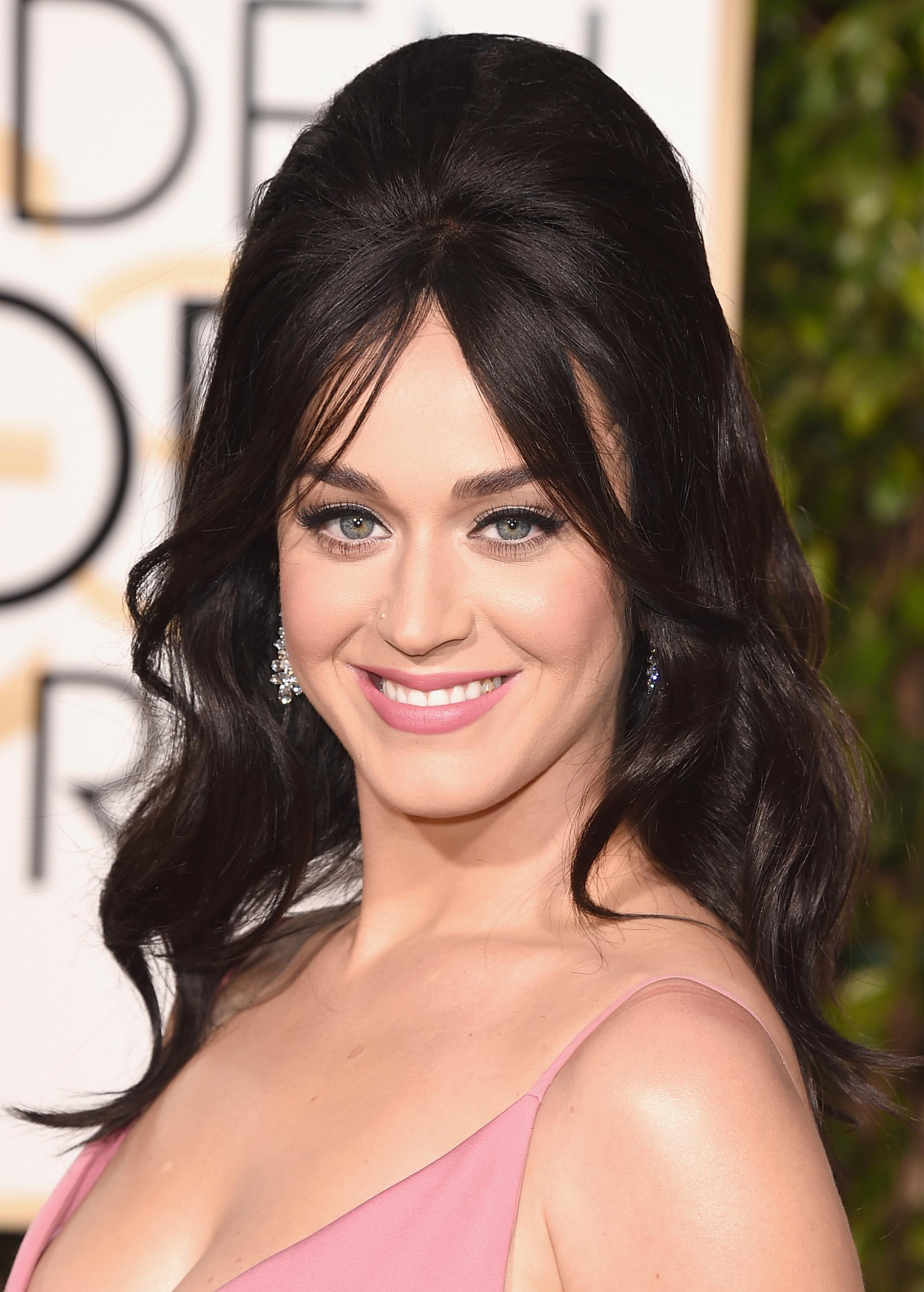 Katy Perry at Annual Golden Globe Awards-1