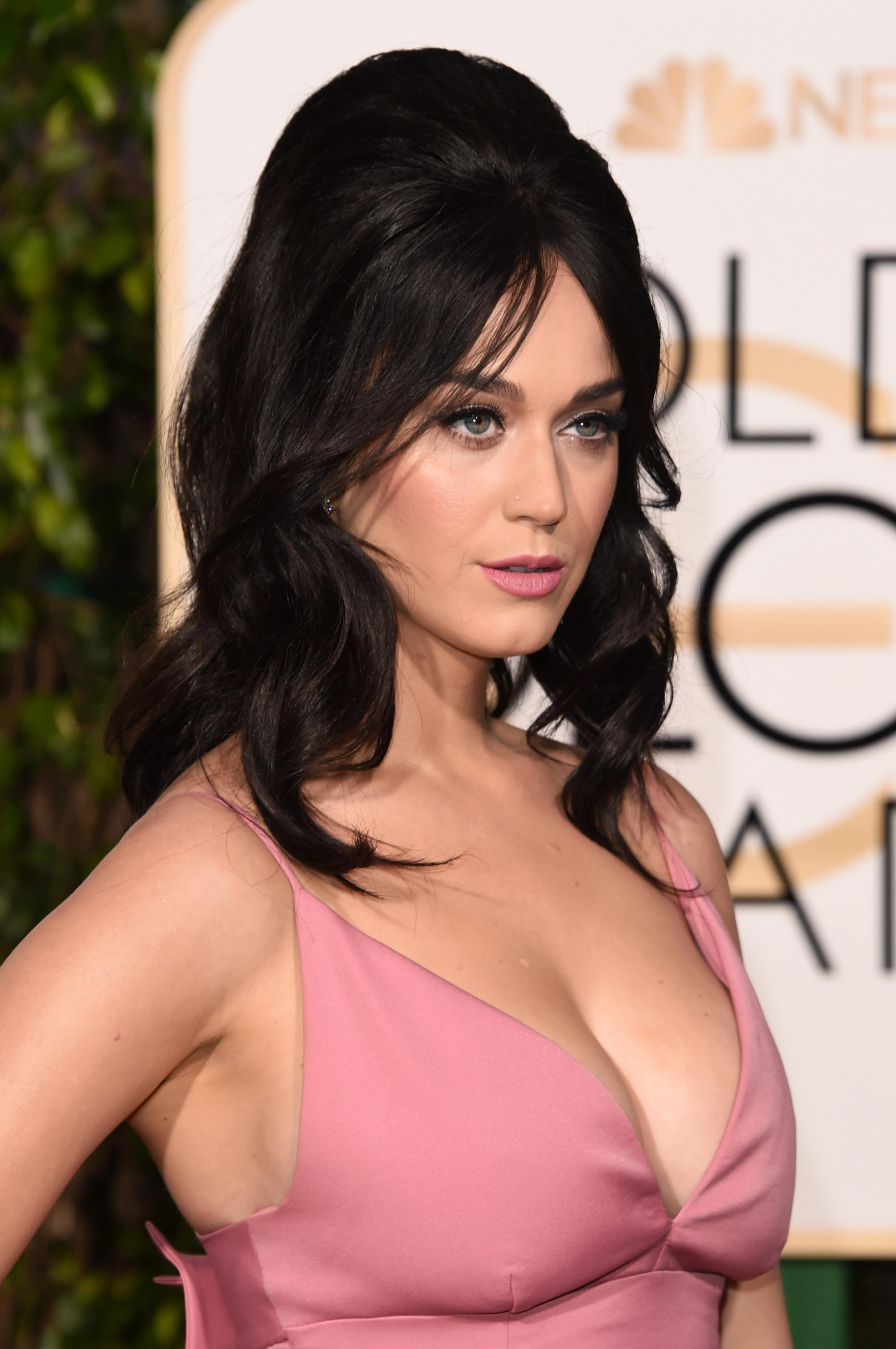 Katy Perry at Annual Golden Globe Awards-2