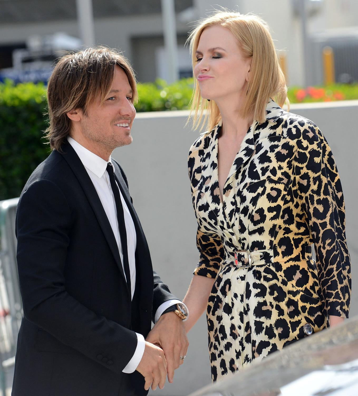 Keith Urban and Nicole Kidman at American Idol XIV Grand Finale-1
