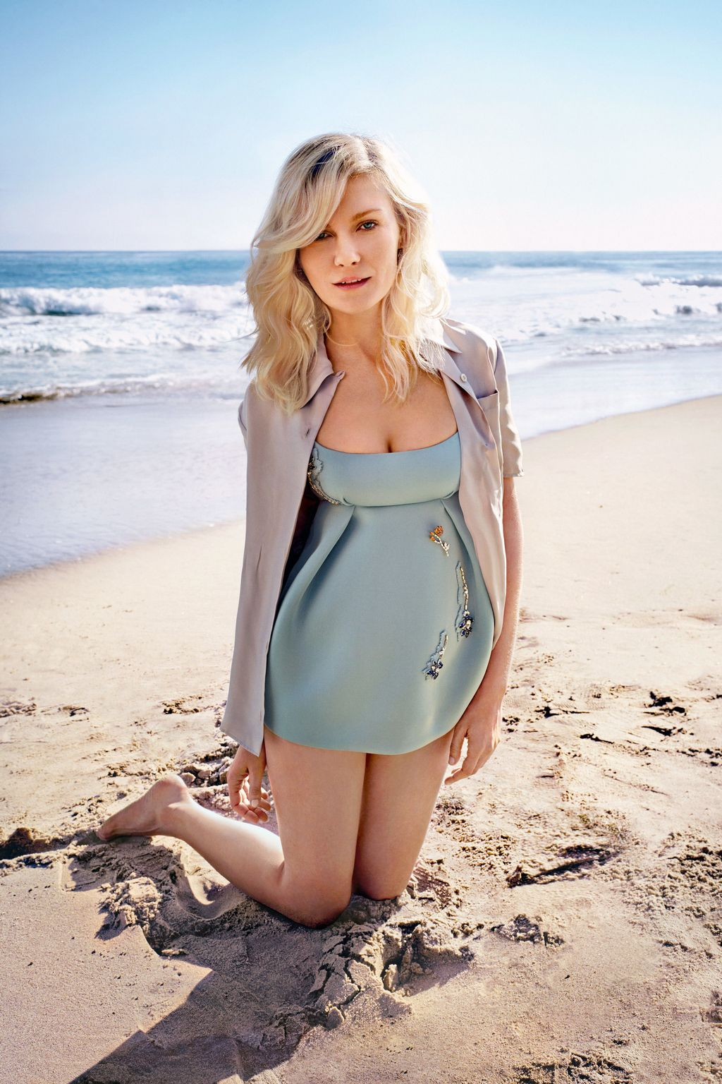 Kirsten Dunst Shoots For Town and Country Magazine-1