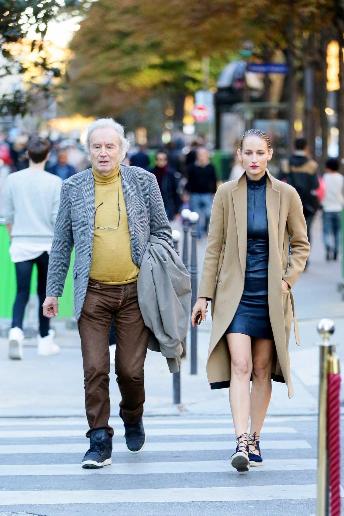 Leelee Sobieski Date With Father Jean Sobieski in Paris – Celeb Donut