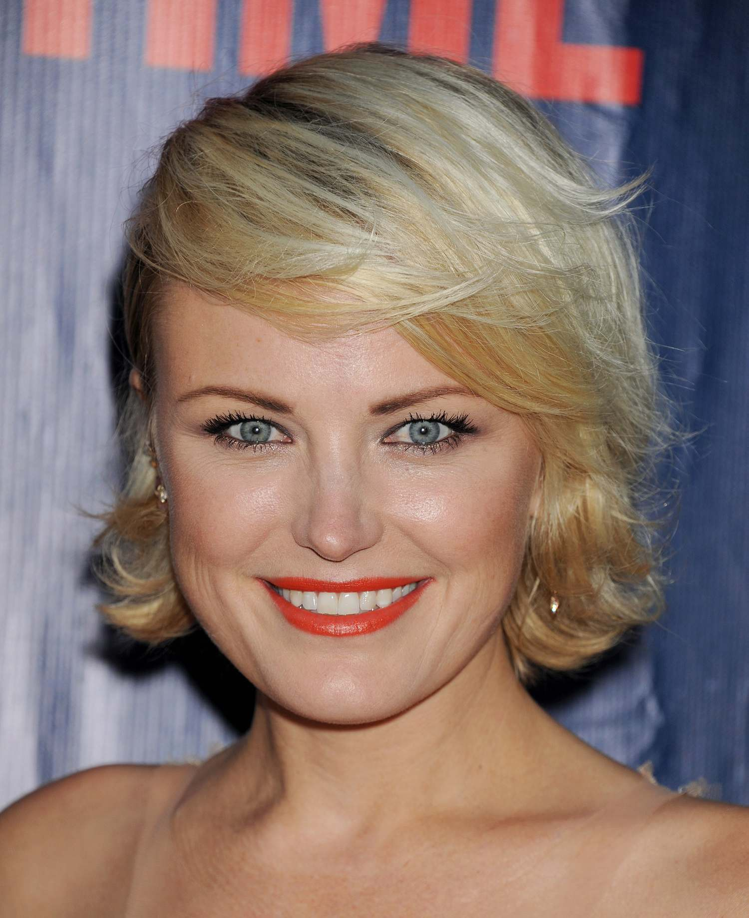 Malin Akerman at CBS Showtime and CW TCA Party-1