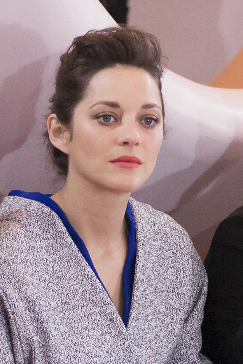 Marion Cotillard at Di...