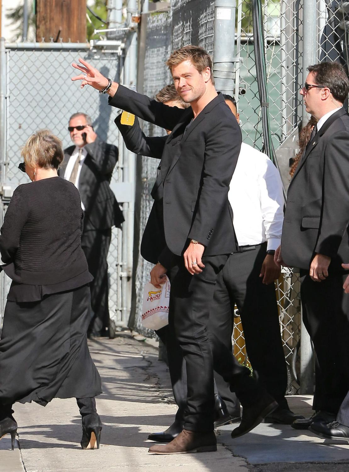 Mark Ruffalo, Chris Hemsworth and Jeremy Renner at Jimmy Kimmel Live-2