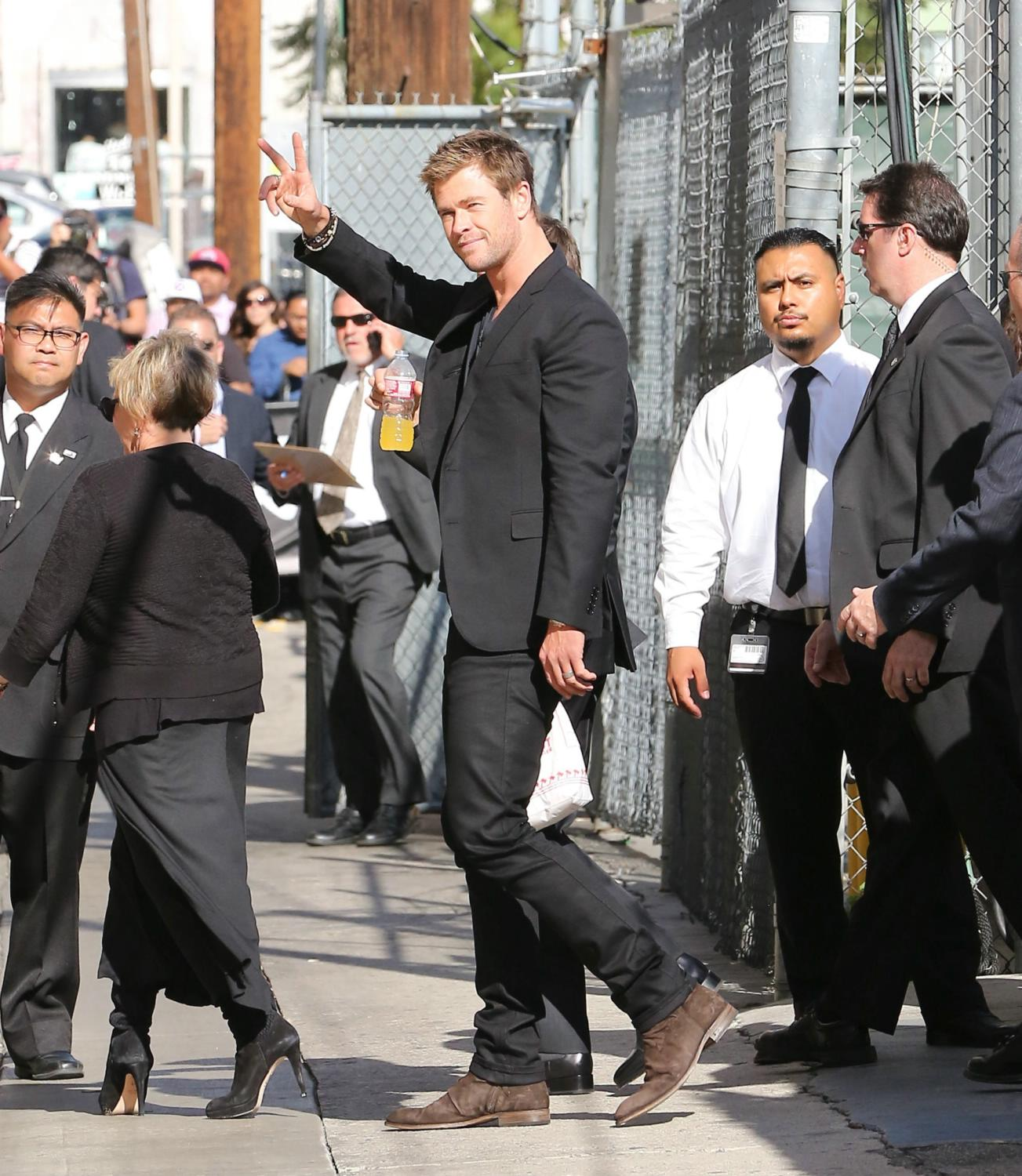 Mark Ruffalo, Chris Hemsworth and Jeremy Renner at Jimmy Kimmel Live-4