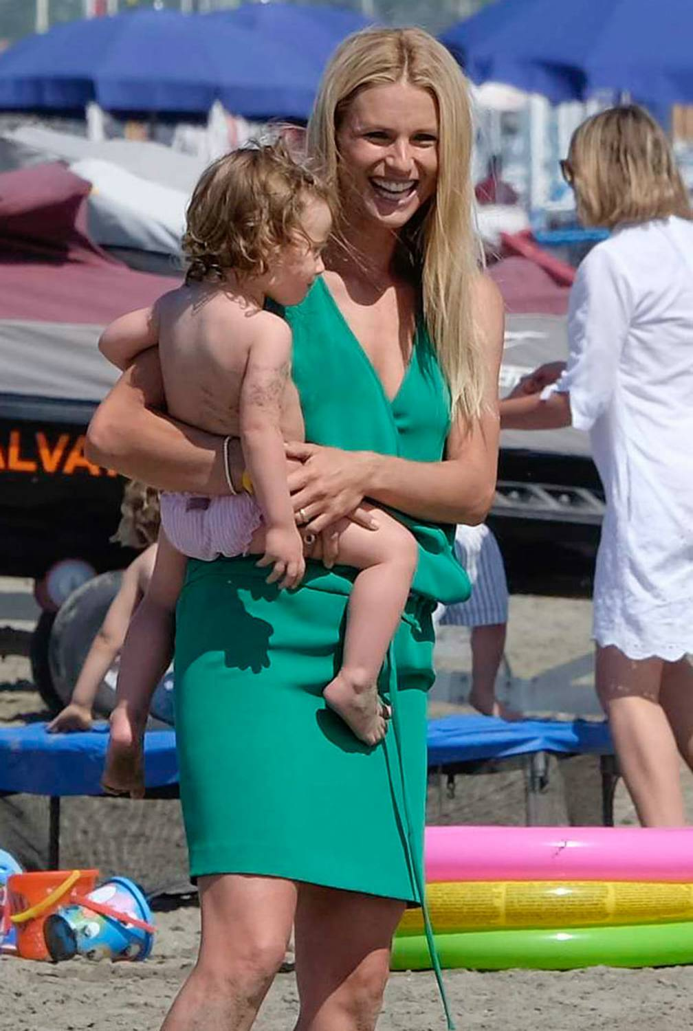 Michelle Hunziker and Tomaso Trussardi Vacation in Italy-1