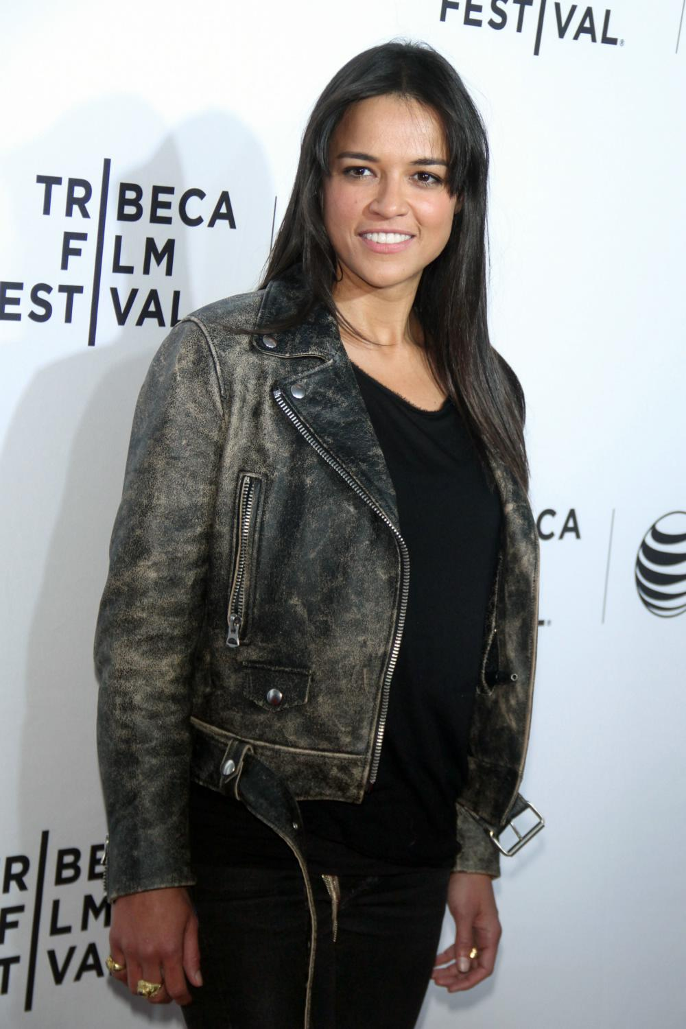 Michelle Rodriguez ate Opening Night premiere of Live From New York!-1