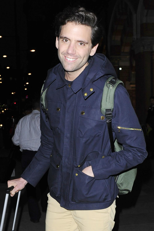 Mika Arrives at Kings Cross Pancras-1