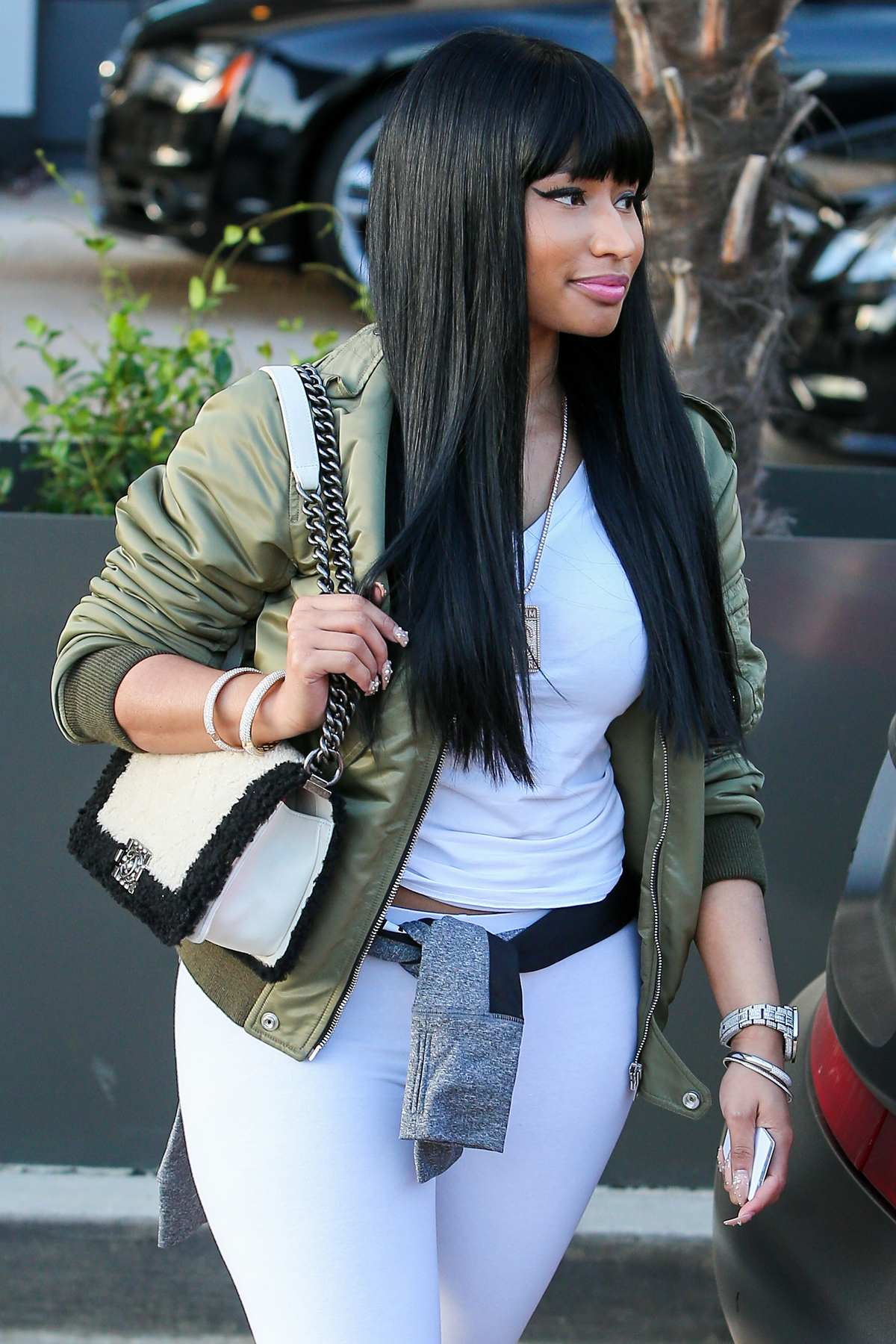 Nicki Minaj And Meek Hill Shop At Barneys NY Celeb Donut