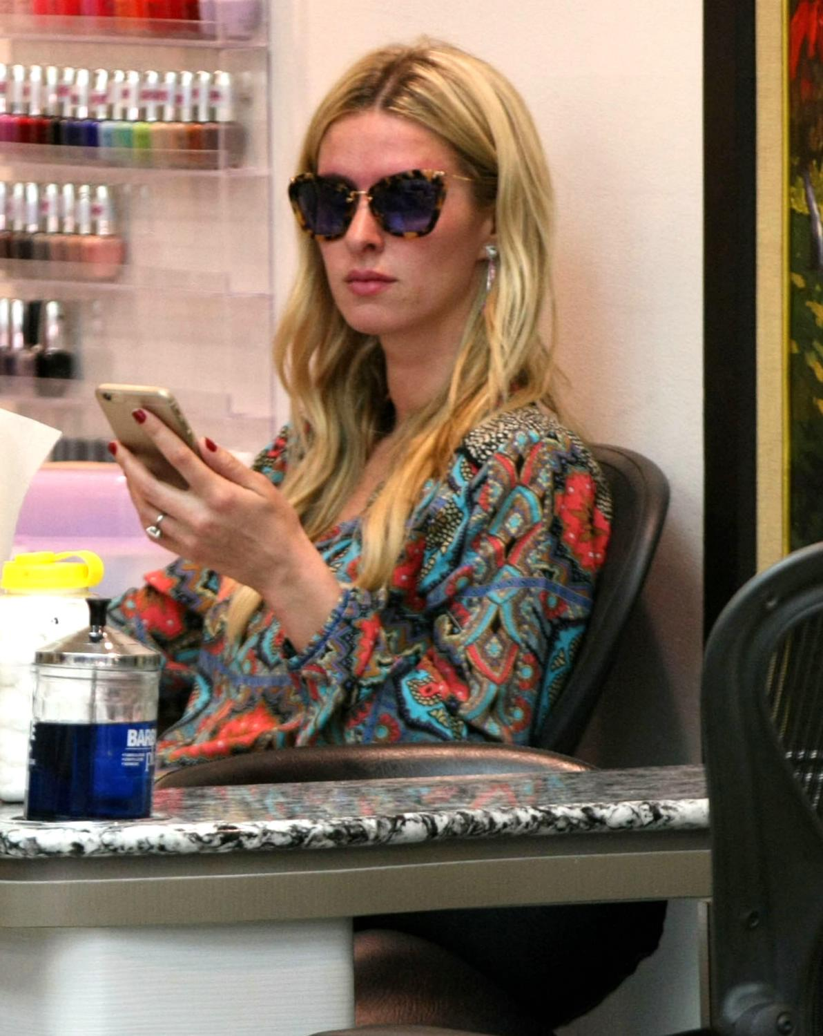 Nicky Hilton Getting Manicure in Beverly Hills-1