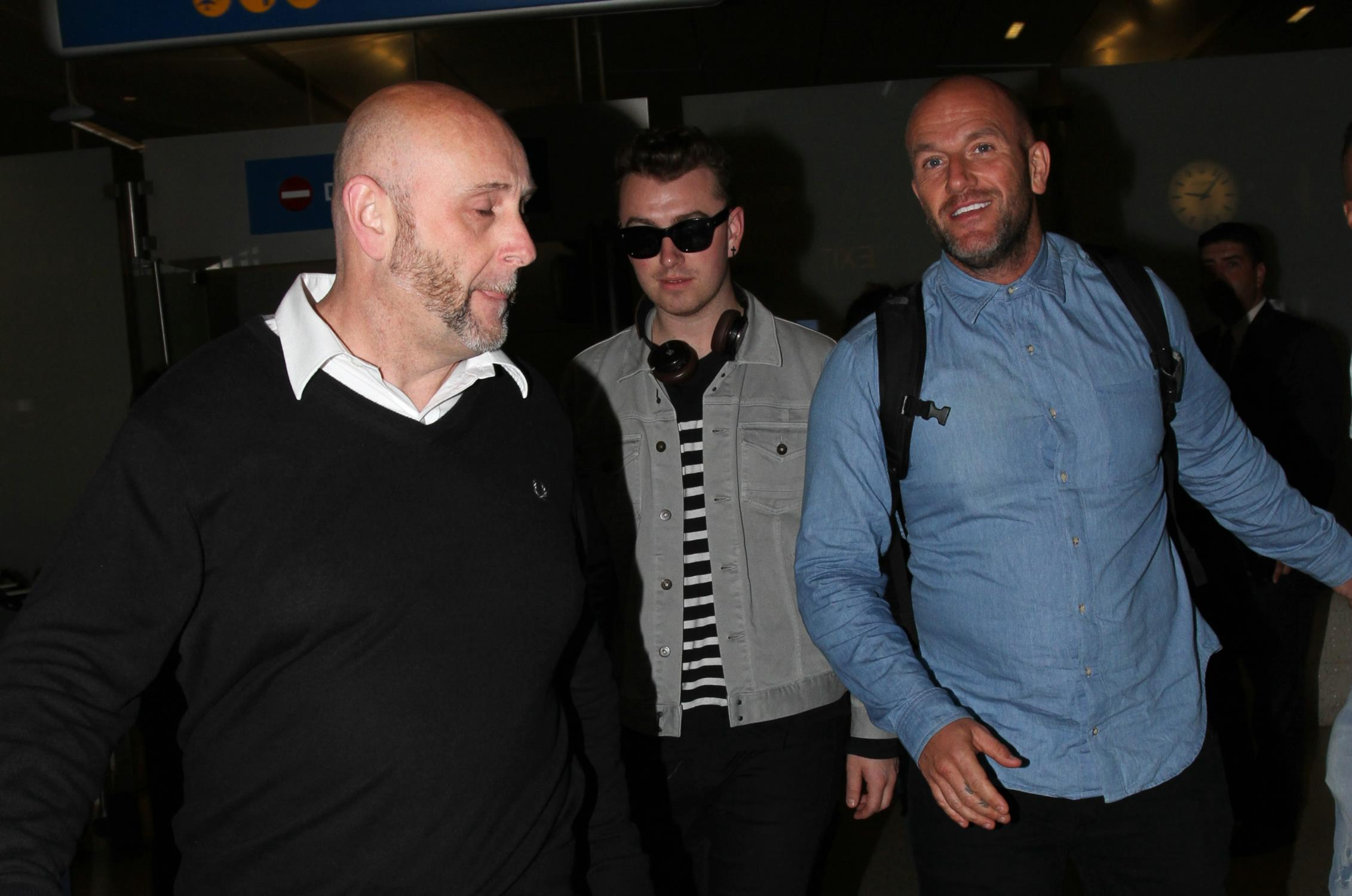 Sam Smith Arrives at LAX Airport-2