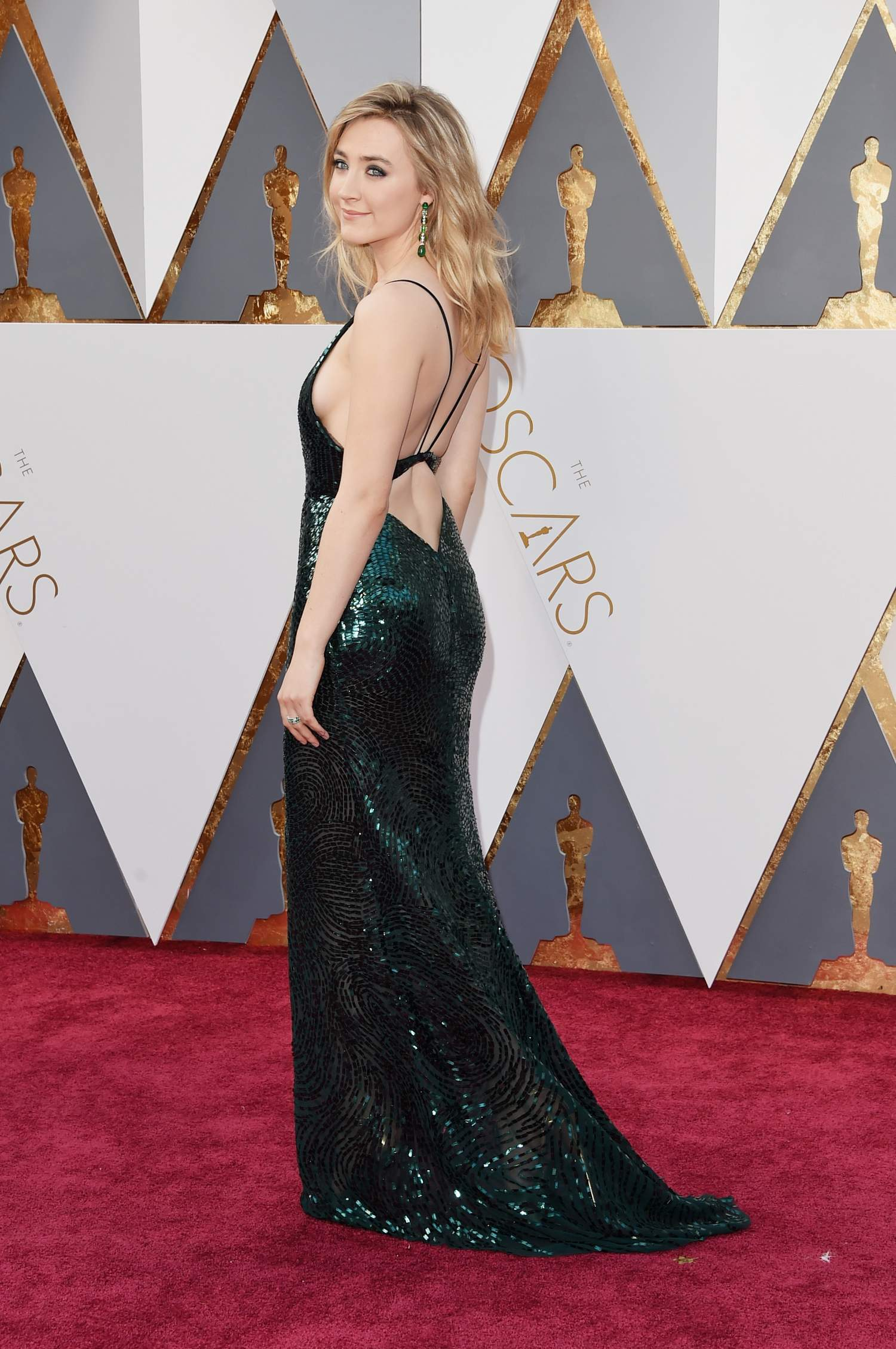 Saoirse Ronan at Annual Academy Awards-1