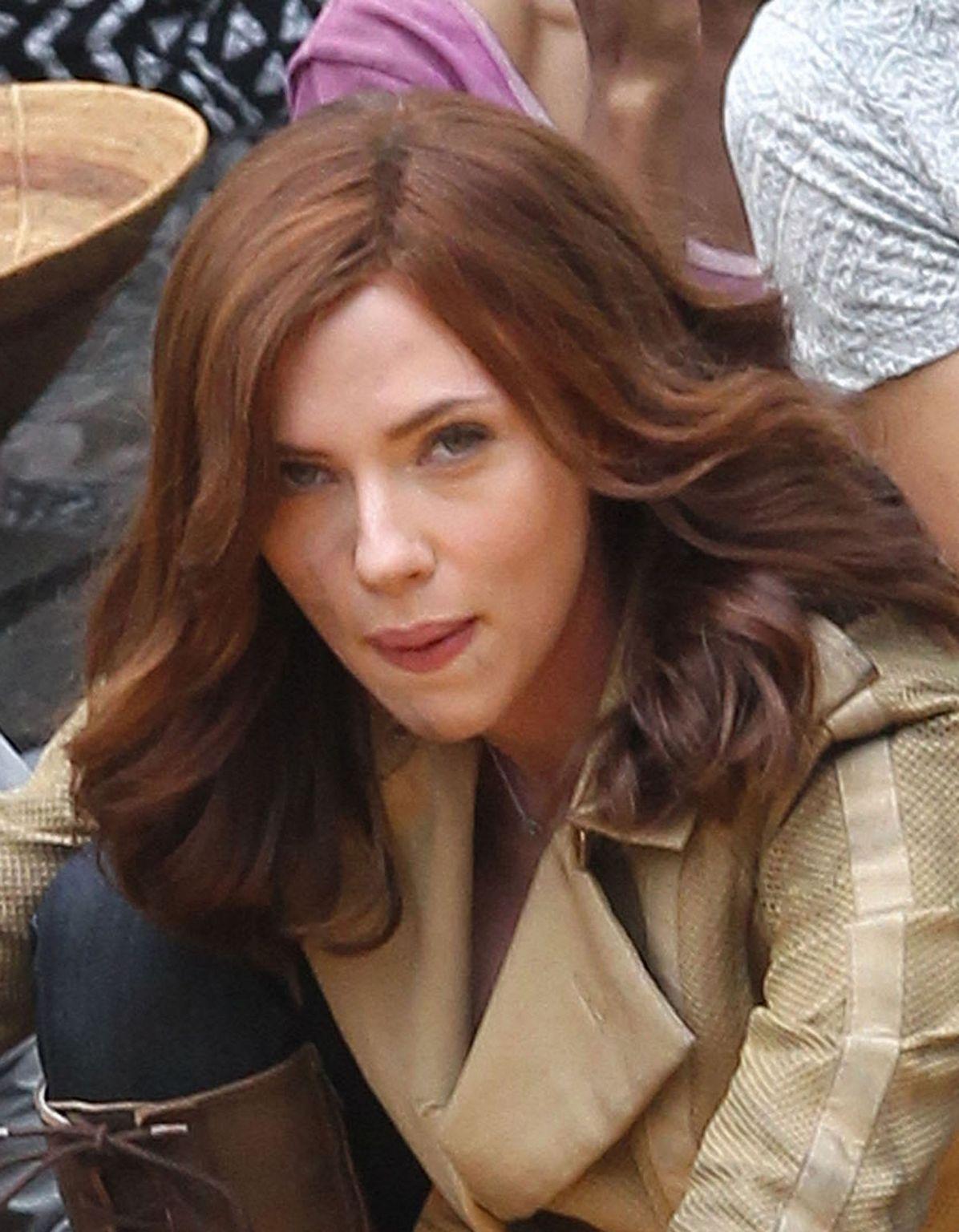 Scarlett Johansson Films Captain America: Civil War-1