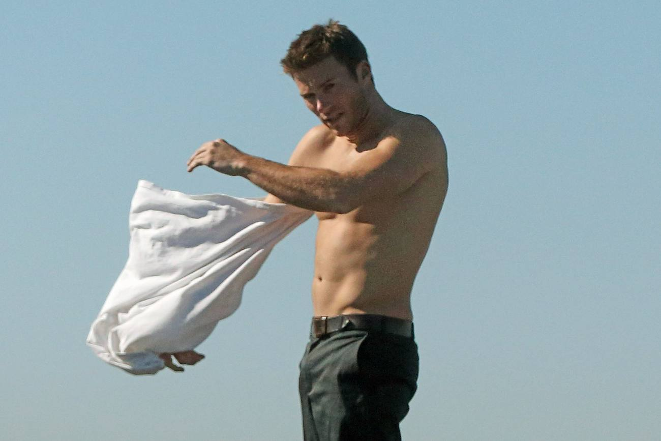 Scott Eastwood Shows Off His Abs As He Surfs In Encinitas