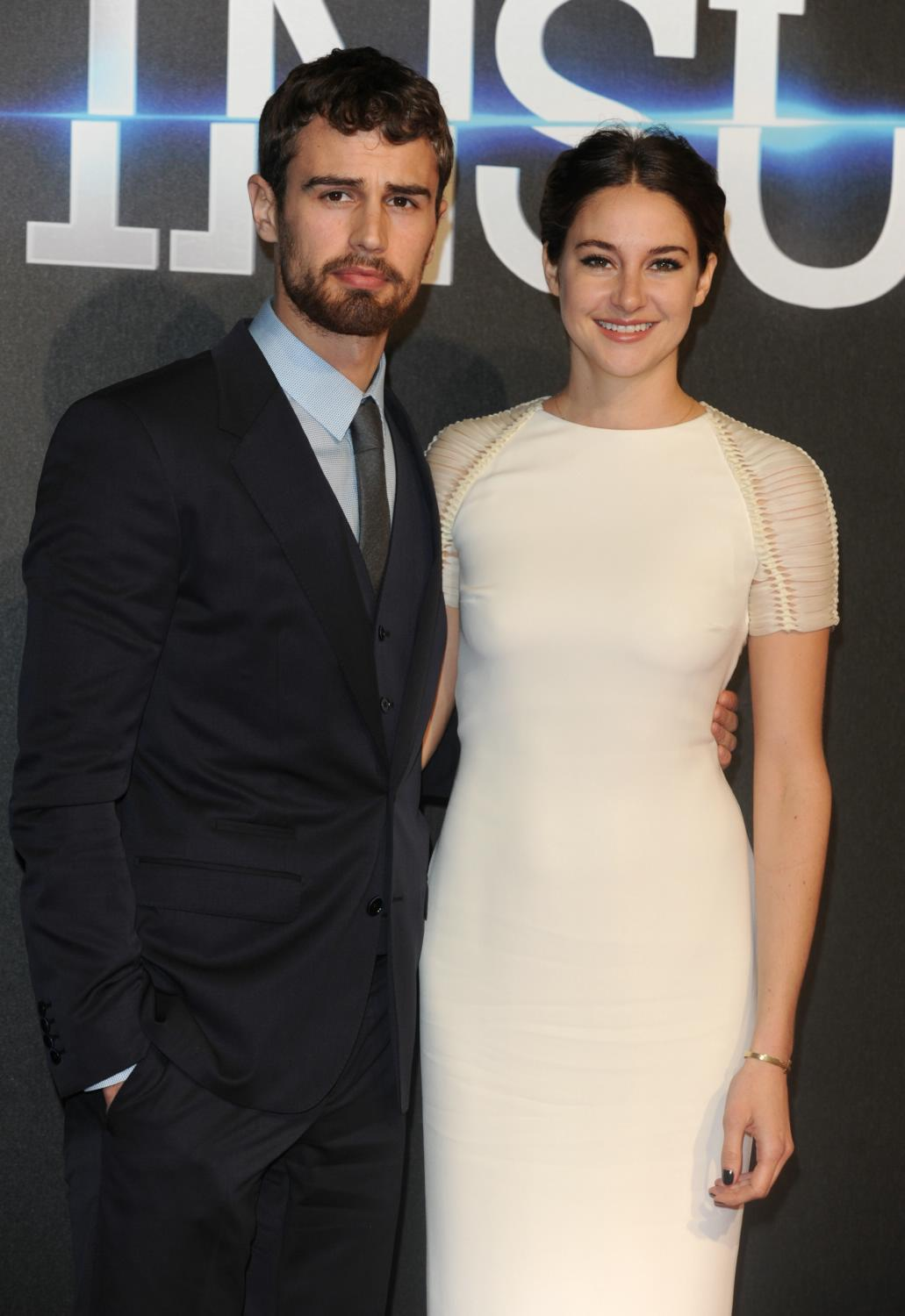 Shailene Woodley and Theo James at Insurgent World Premiere-1