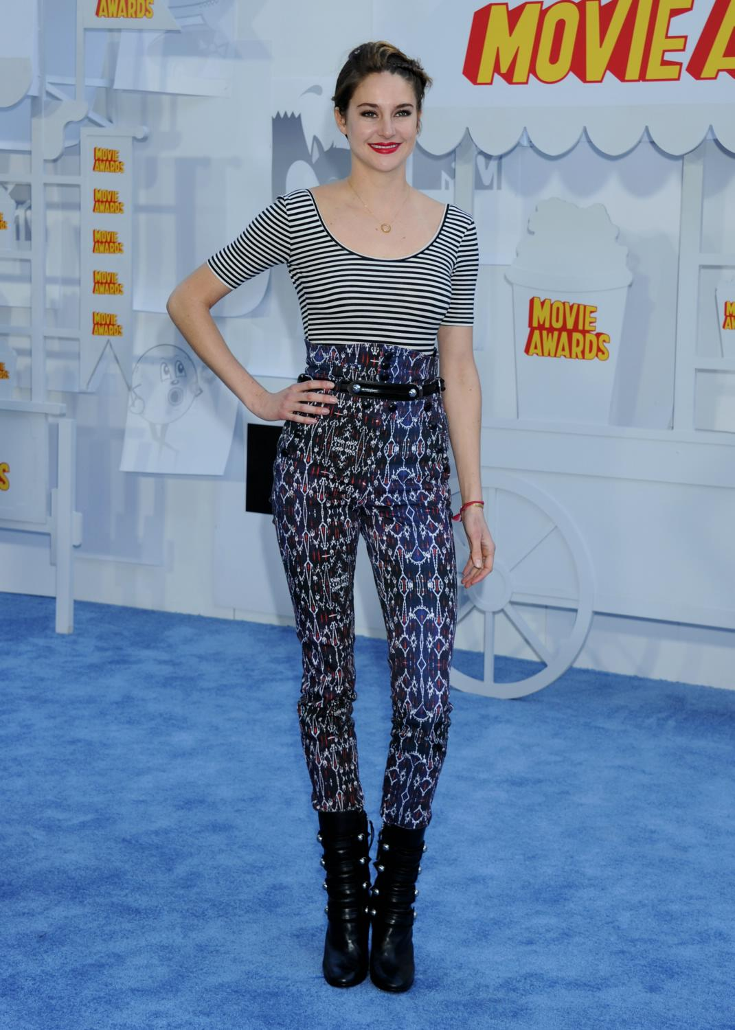 Shailene Woodley at The MTV Movie Awards-1