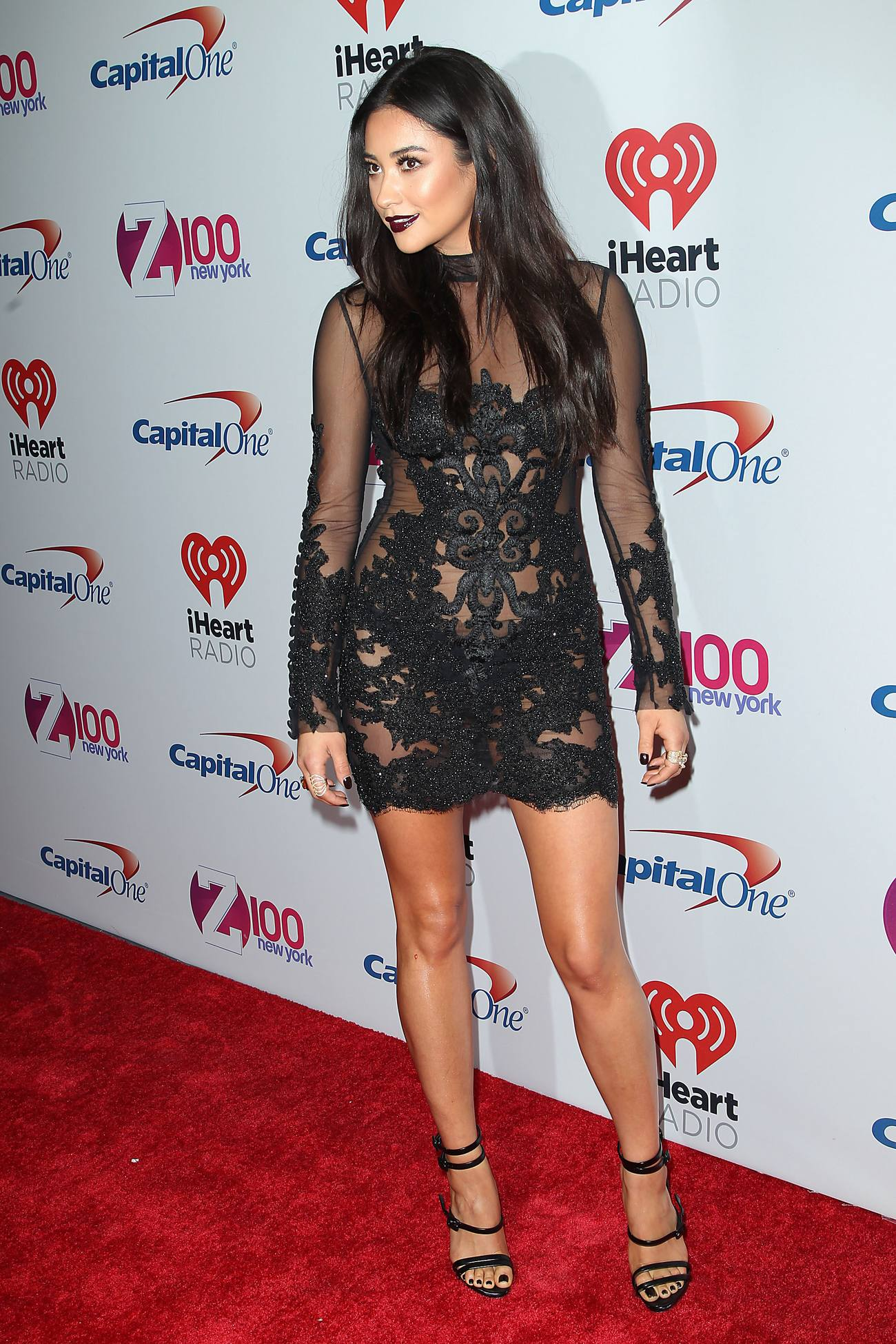 Shay Mitchell arrives at iHeart Radio and Zs Jingle Ball-4