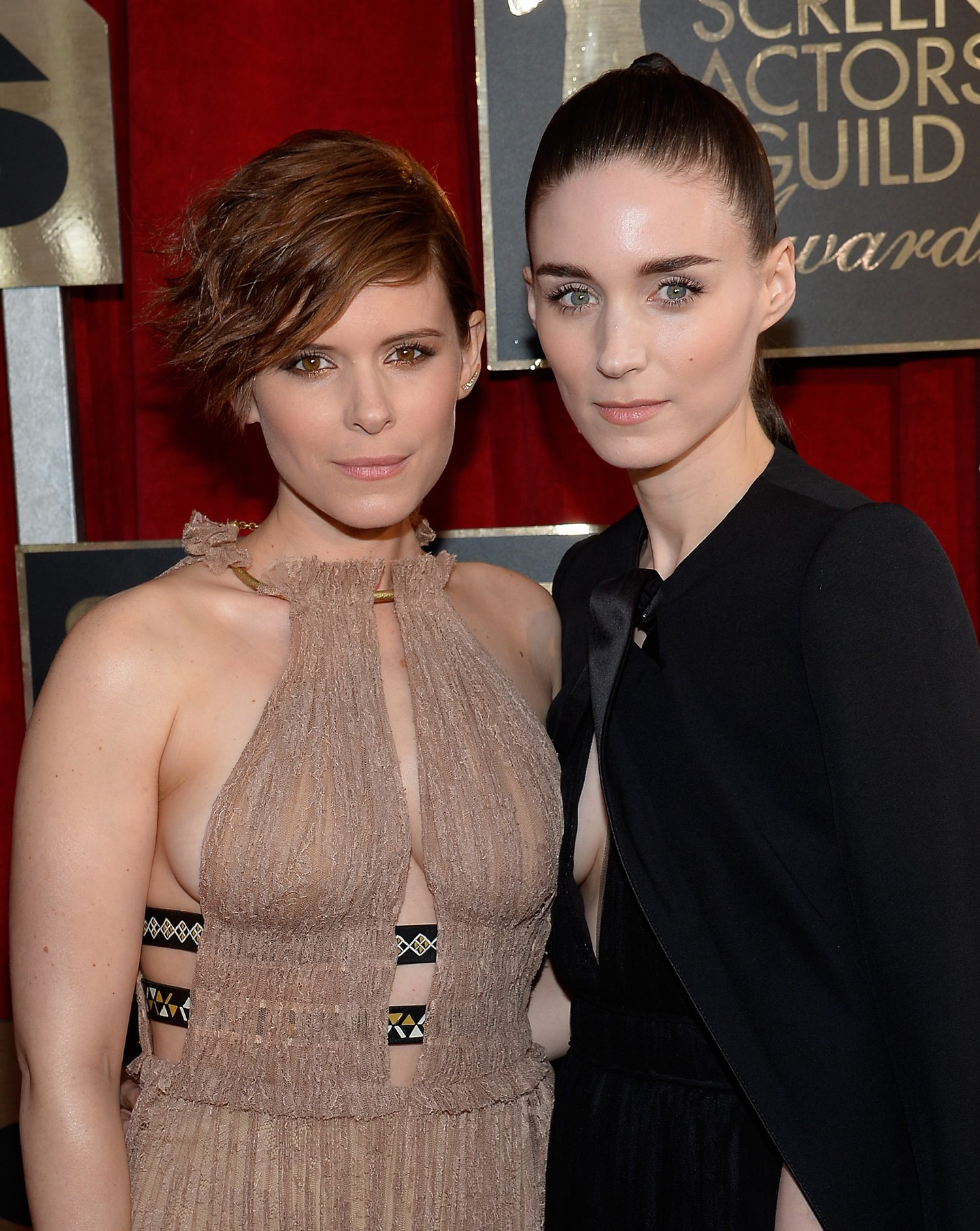 Sisters Kate Mara and Rooney Mara at Annual Screen Actors Guild Awards-1