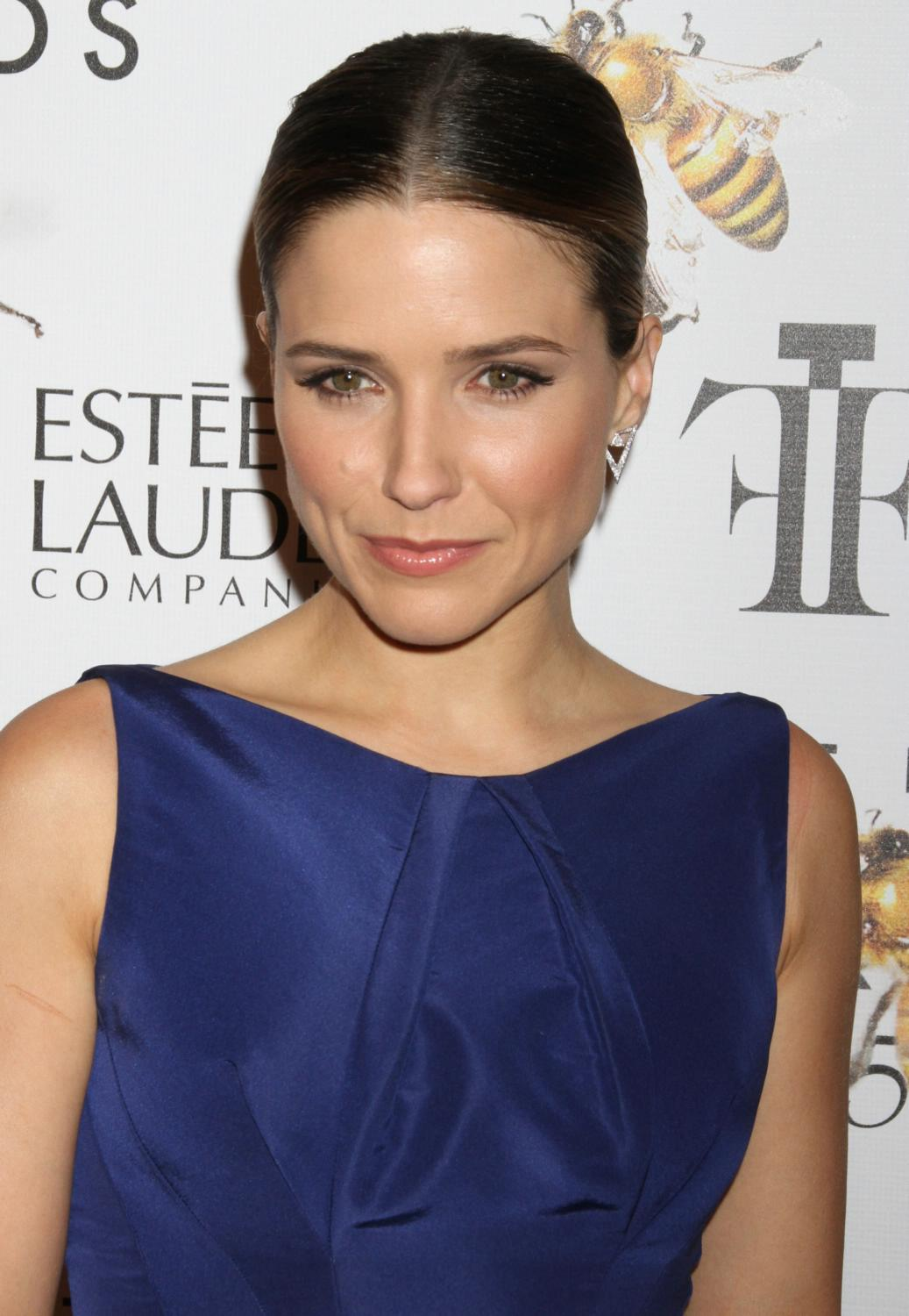 Sophia Bush ate Fragrance Foundation Awards-1