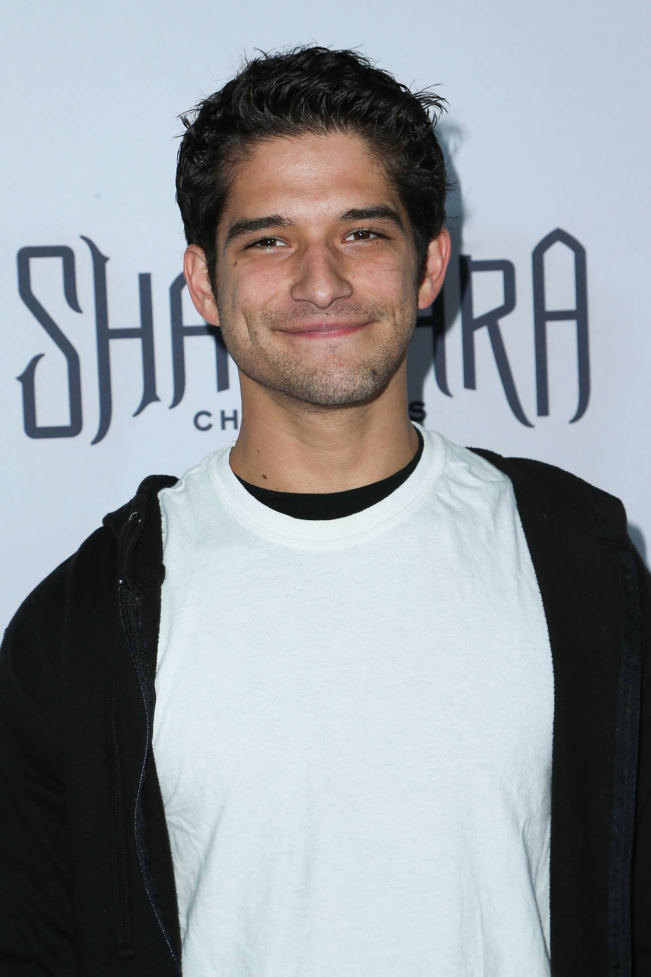 Tyler Posey arrives at The Shannara Chronicles Premiere-2