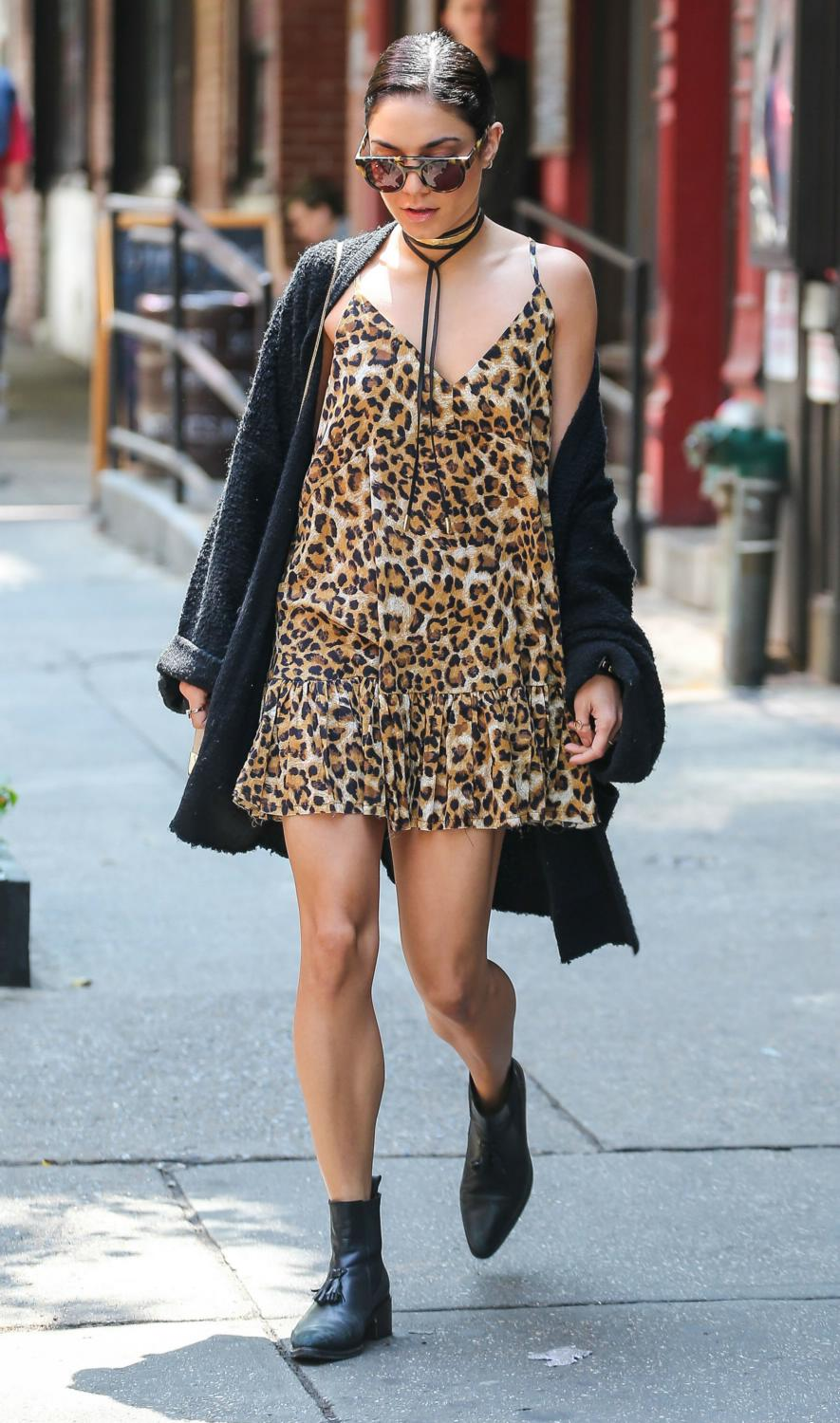 Vanessa Hudgens Leaving Her Apartment in NYC-4