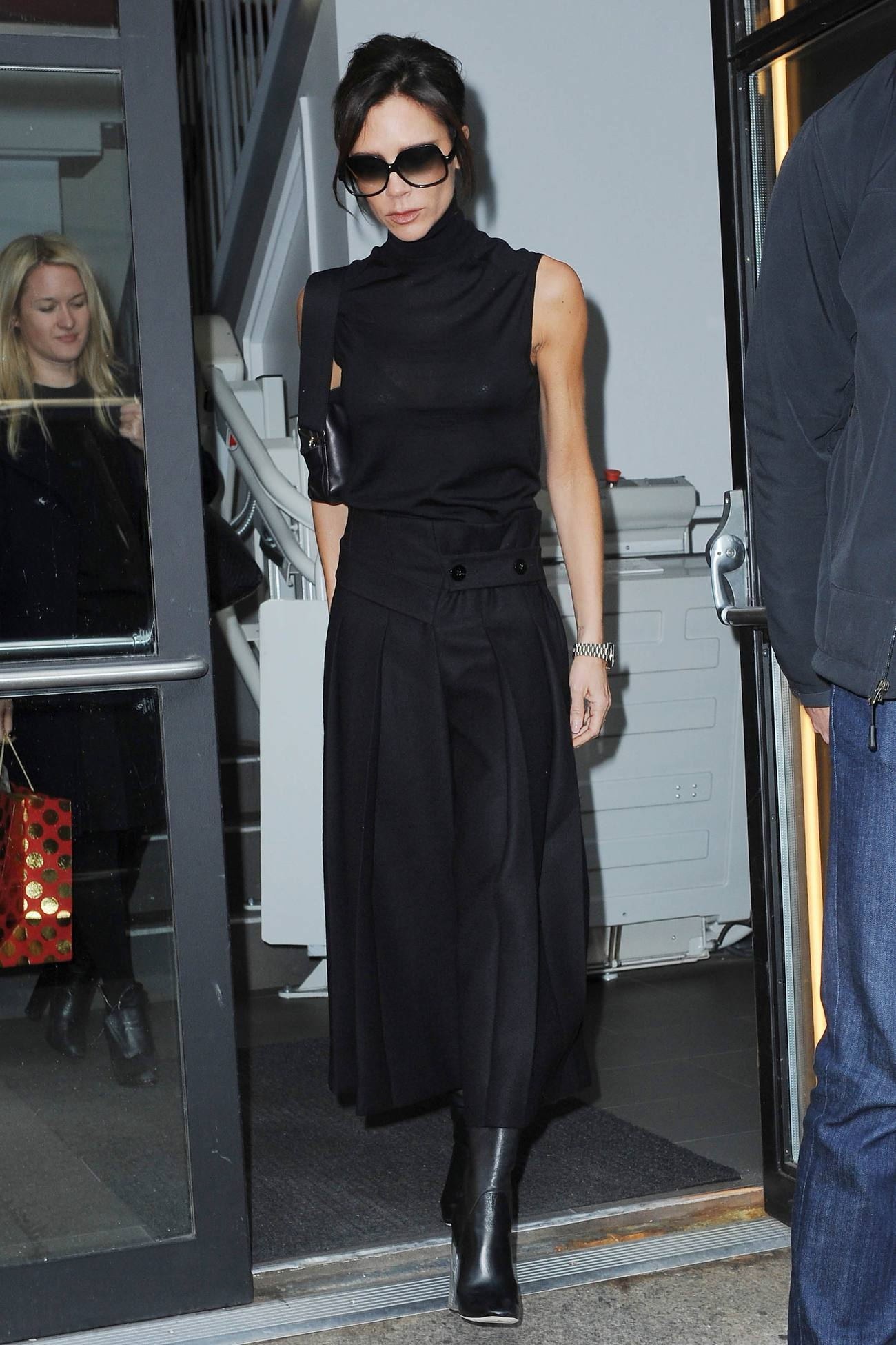 Victoria Beckham spotted in Chelsea-1